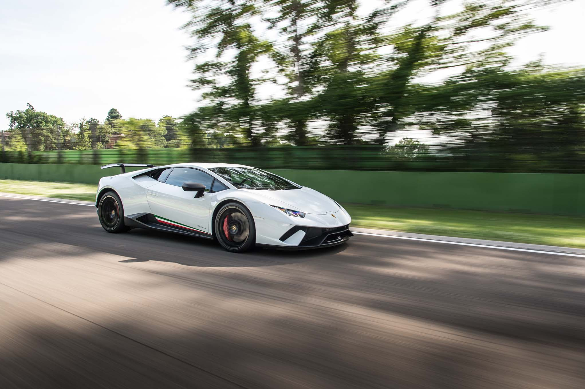 2018-Lamborghini-Huracan-Performante-front-three-quarter-in-motion-13 Stunning Lamborghini Huracan Price Real Racing 3 Cars Trend