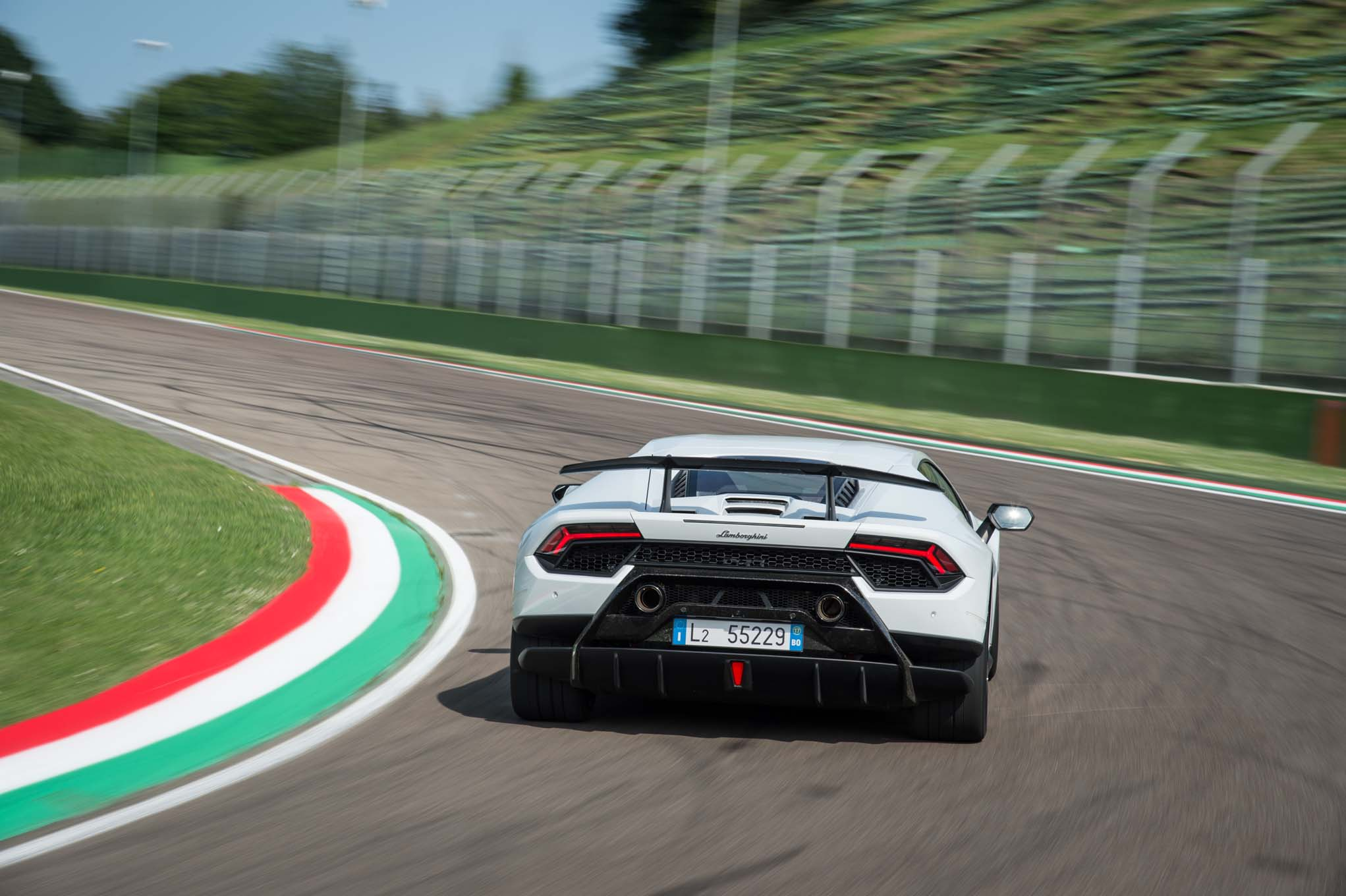 2018-Lamborghini-Huracan-Performante-rear-end-in-motion-02 Stunning Lamborghini Huracan Price Real Racing 3 Cars Trend