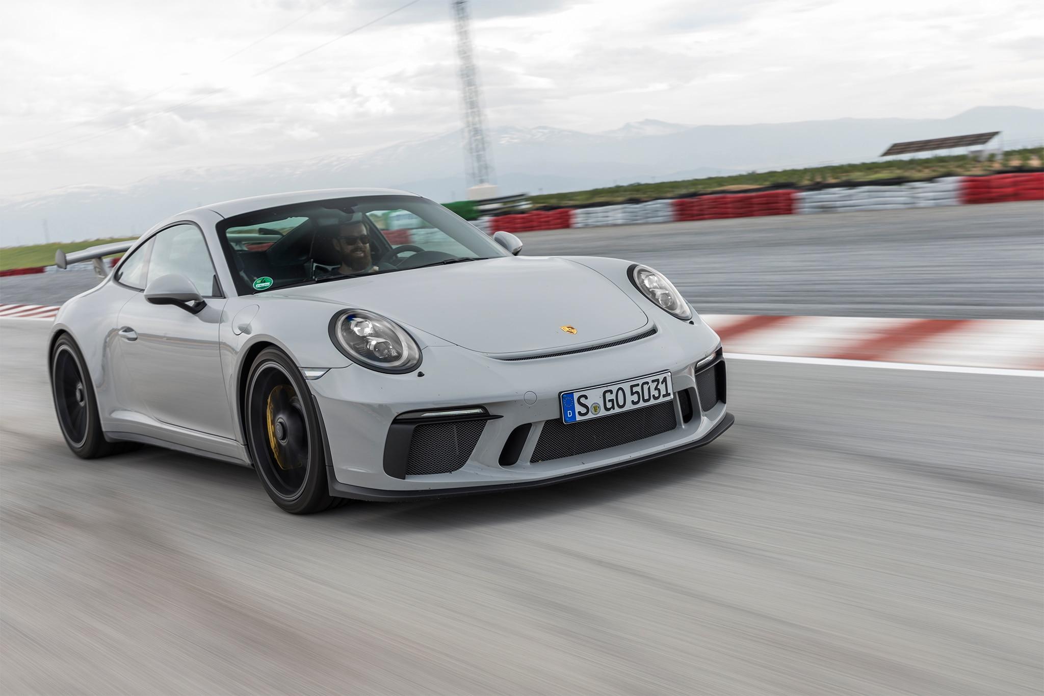 2018 Porsche 911 GT3 Front Three Quarter In Motion 08