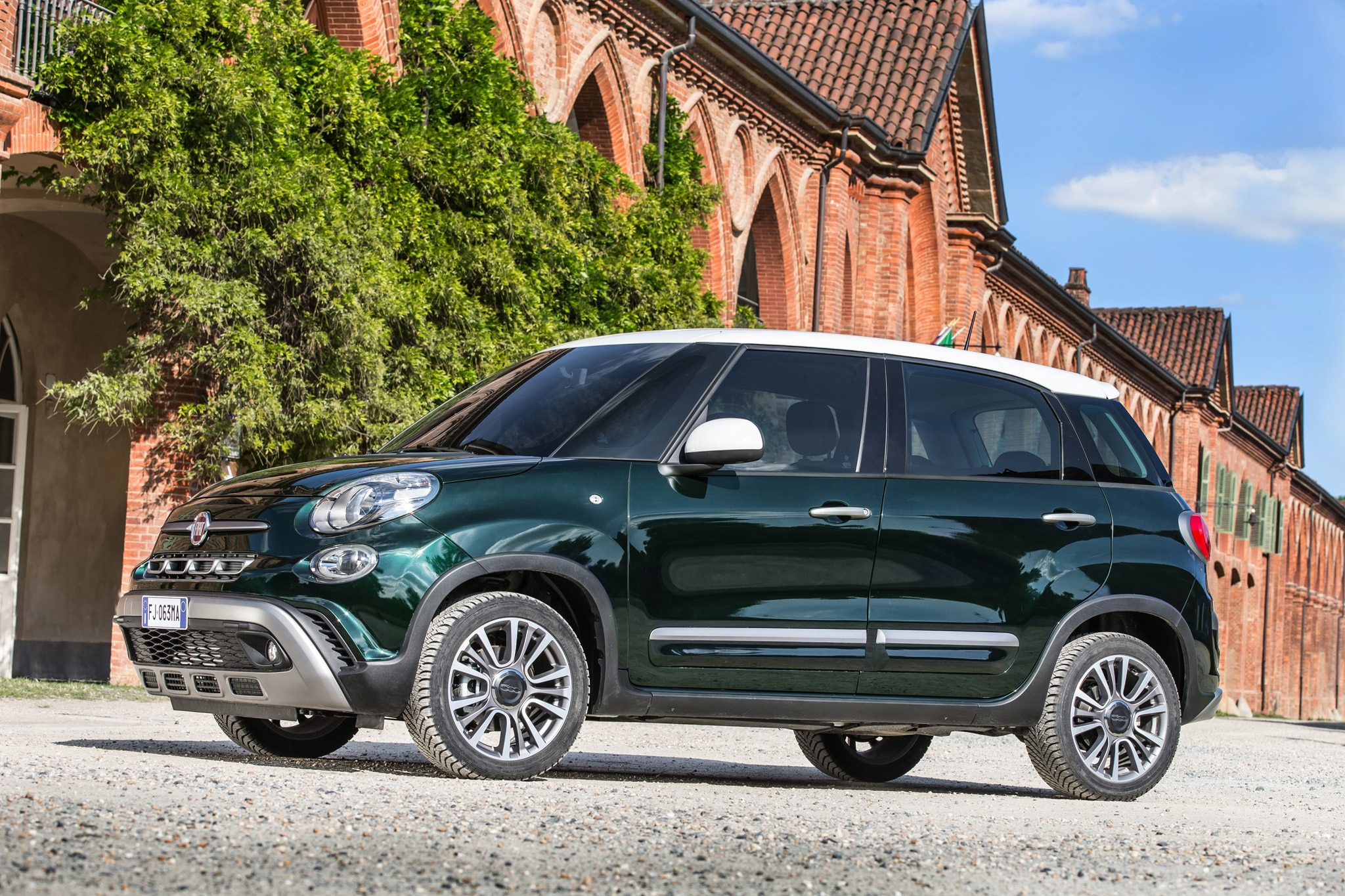Fiat 500L Gets Major Facelift for 2018 | Automobile Magazine