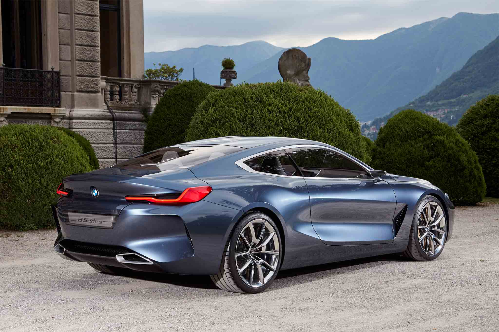 BMW 8 Series Gran Coupe Shows Its Striking Silhouette