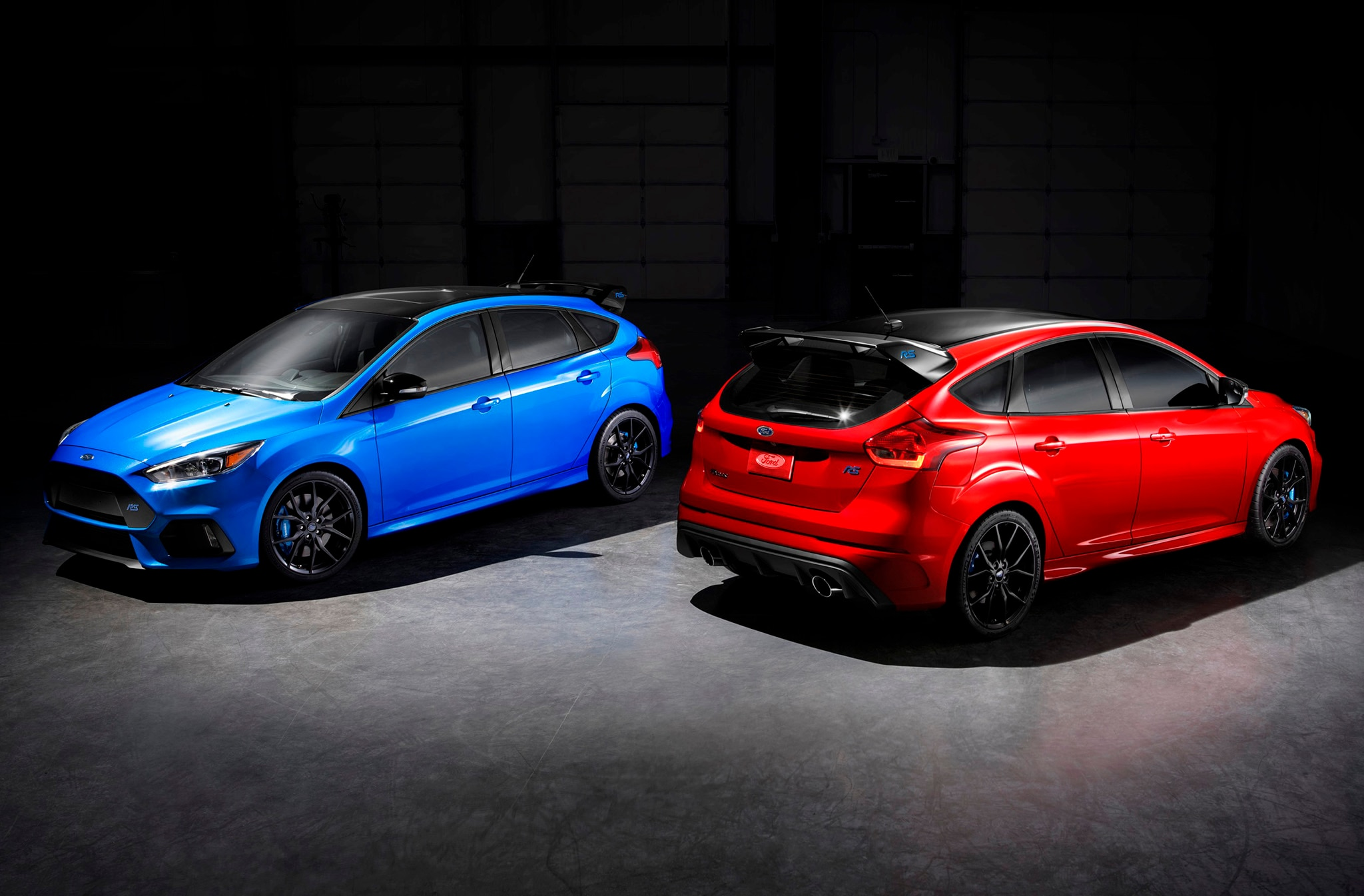 Ford Unveils Focus RS Limited Edition With Sweet Red Paint and a Front-Axle Limited-Slip Differential