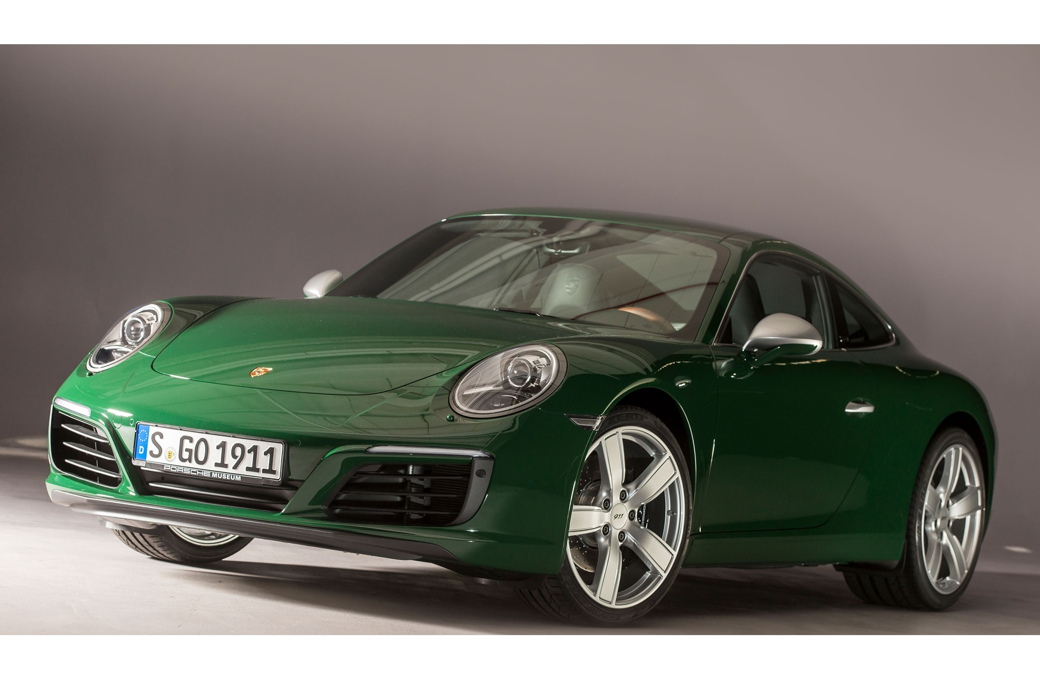 porsche 911 1 000 000 is an irish green carrera s automobile