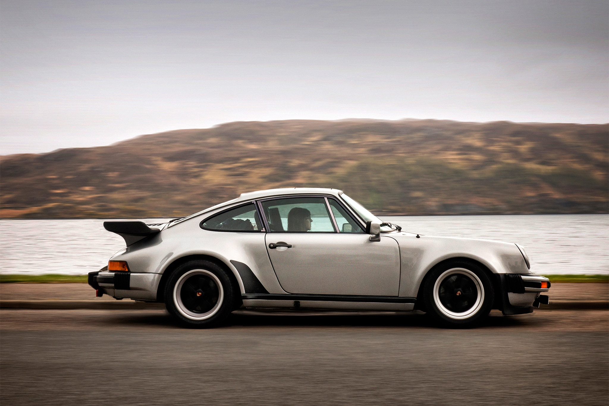 conquering the magnetic north coast 500 in a 1979 porsche. Black Bedroom Furniture Sets. Home Design Ideas