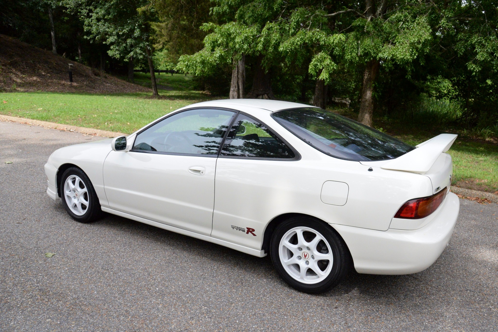 Acura Integra Type R Just Listed Rear Three Quarters on 1997 Acura Integra 4 Door