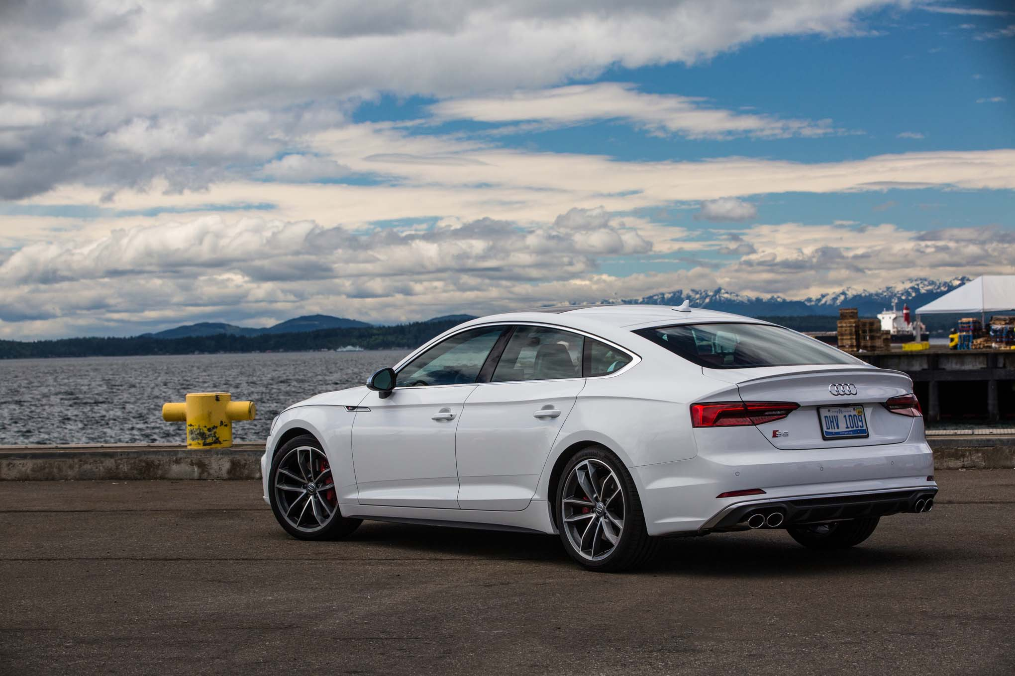 2018 Audi S5 Sportback Rear Three Quarter