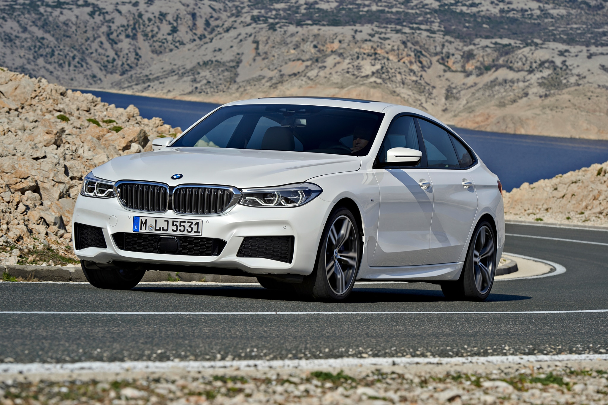 2018 bmw 640i xdrive gran turismo picks up where the 5 gt. Black Bedroom Furniture Sets. Home Design Ideas