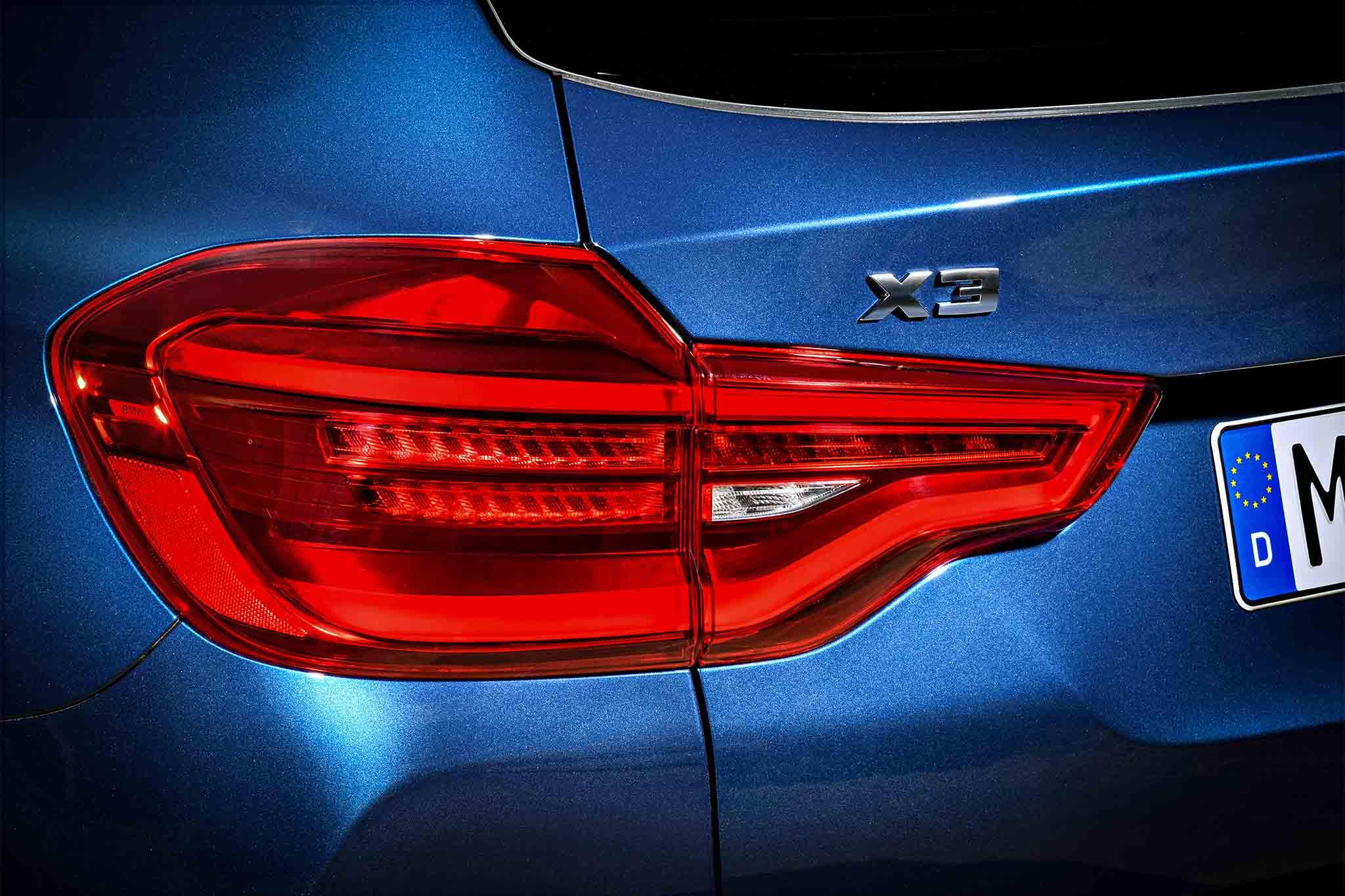 BMW X Revealed With PerformanceOriented Mi Trim - Bmw x3 dashboard signs