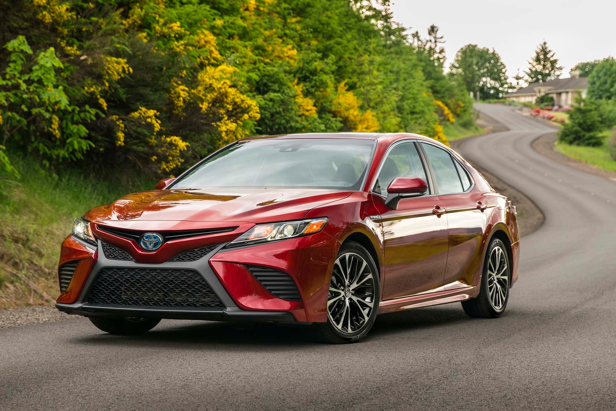 Simple 2018 toyota camry first drive review automobile magazine