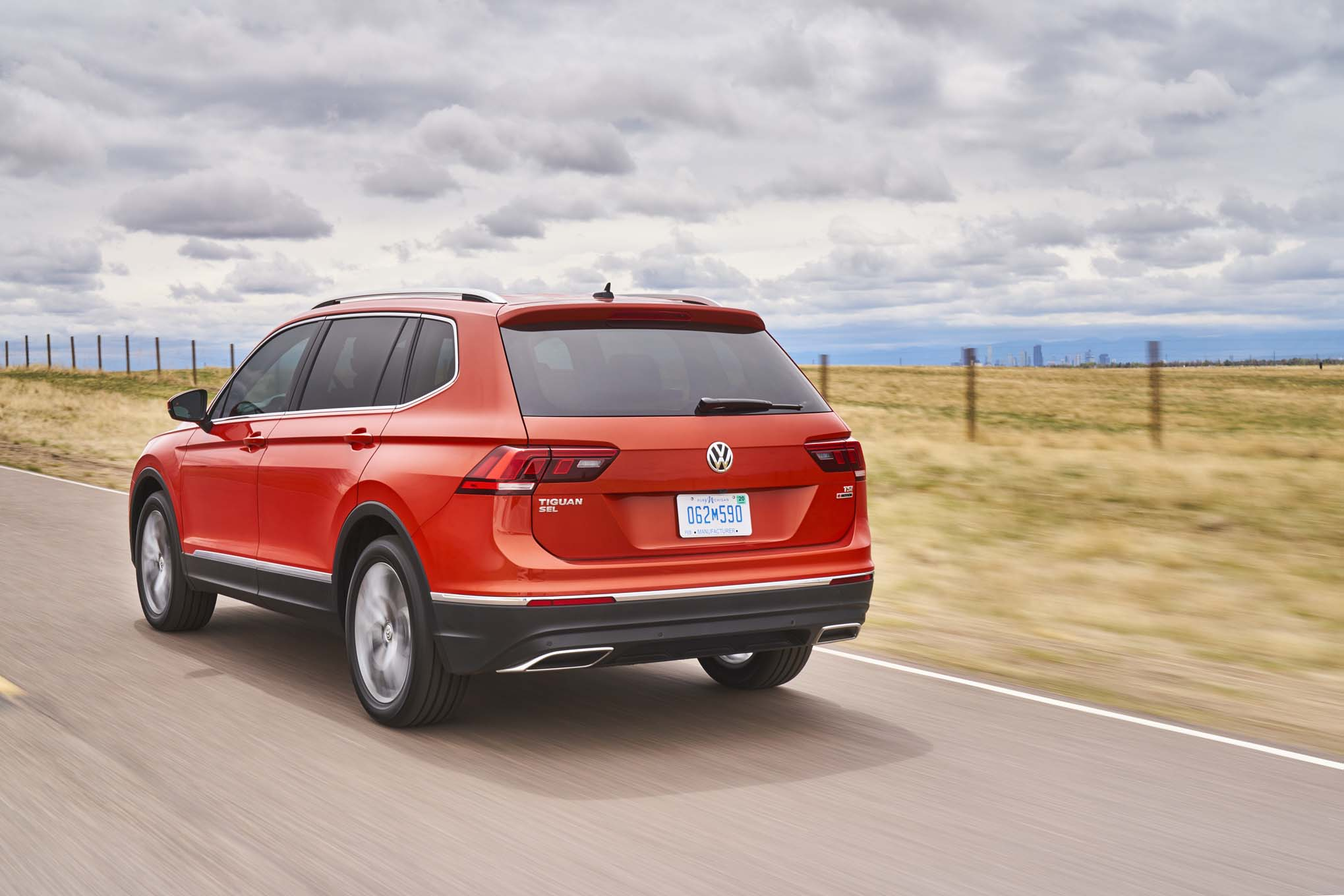 2018 volkswagen new models. Modren Models The 2018 Tiguan Rides On The Same MQB Architecture As Golf And Atlas  Sharing With Those Vehicles VWu0027s Polished Expertise In Packaging With Volkswagen New Models