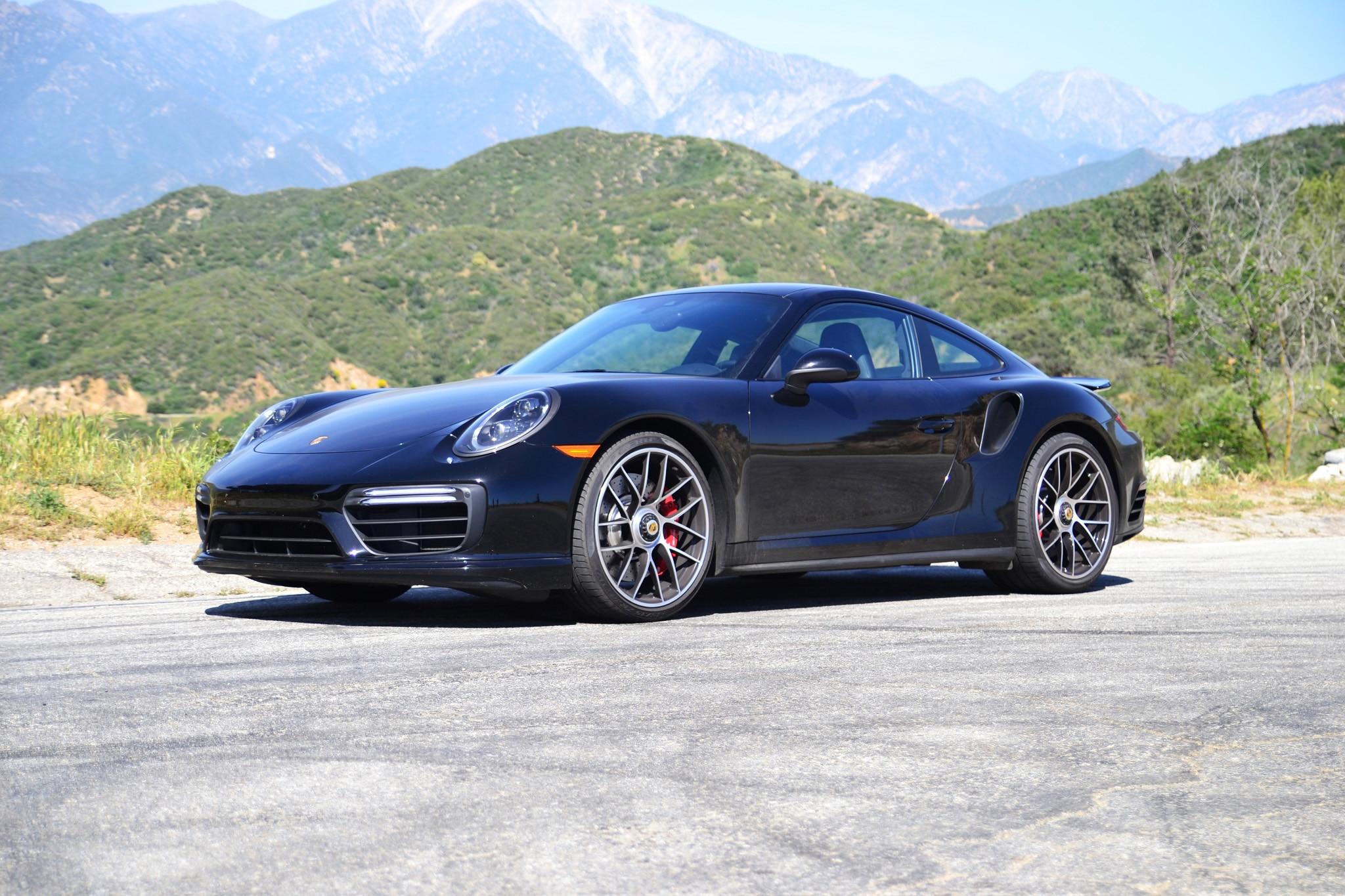 2017 Porsche 911 Turbo Front Three Quarters 2