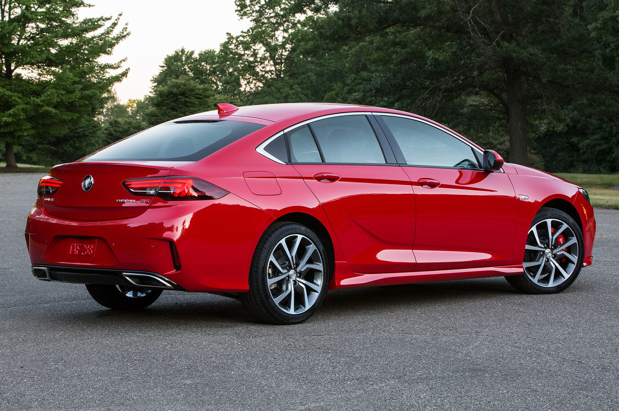 14 Buick Regal Gs >> First Look: 2018 Buick Regal GS | Automobile Magazine