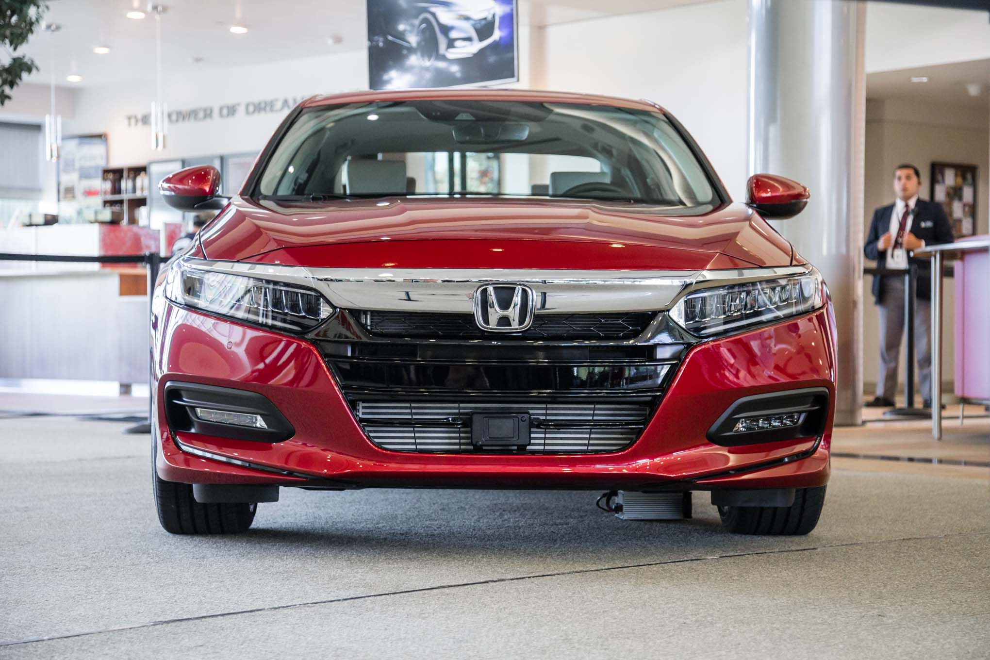 The 2018 Honda Accord Wants You to Forget All About ...