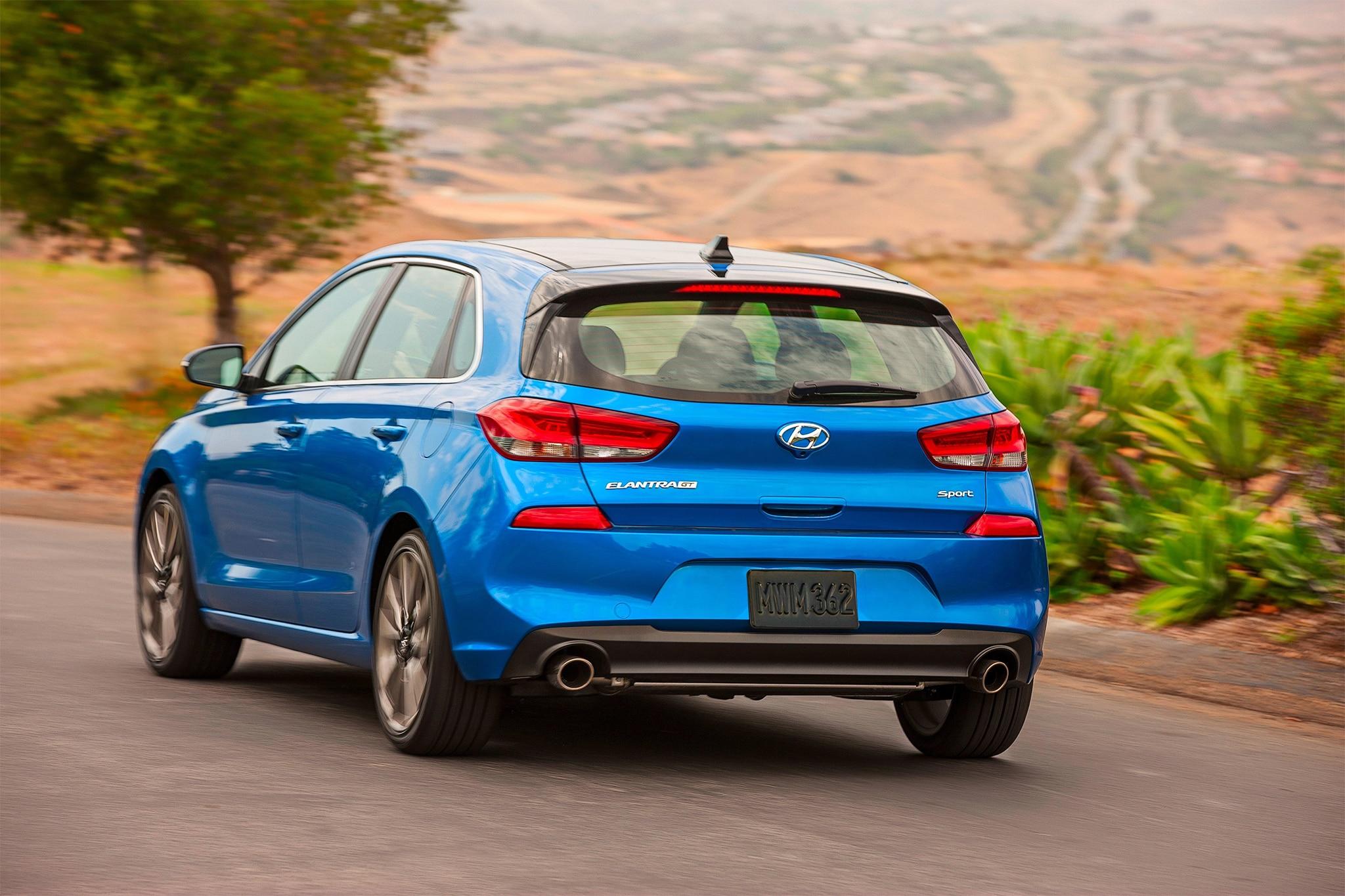 2018-Hyundai-Elantra-GT-Sport-rear-three