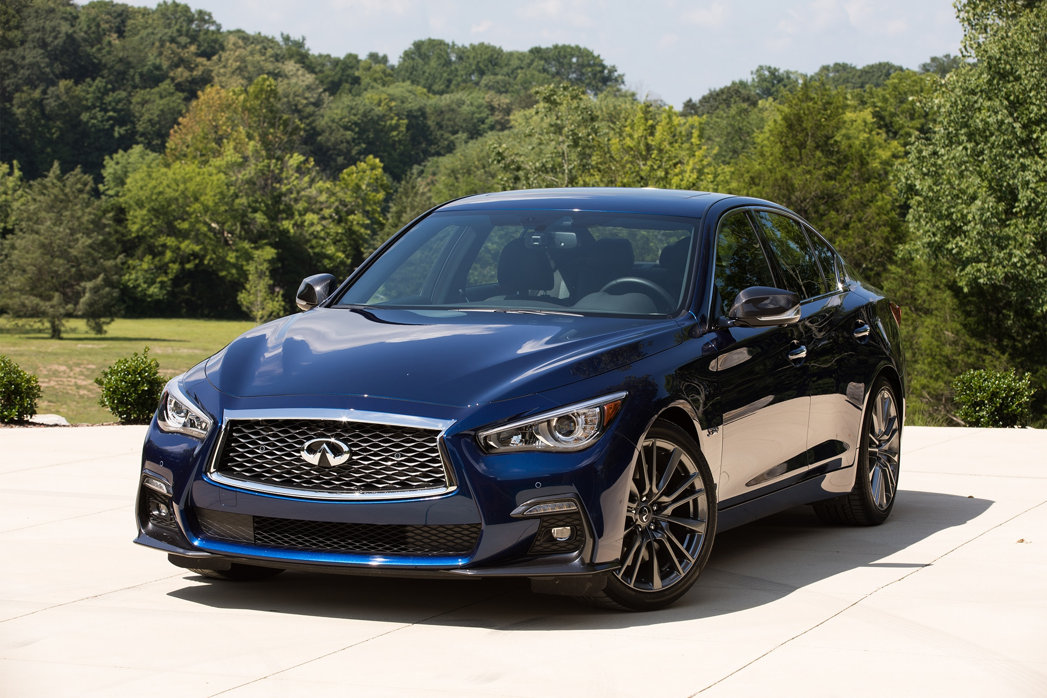 2018 infiniti q50 red sport 400 first drive review automobile magazine. Black Bedroom Furniture Sets. Home Design Ideas