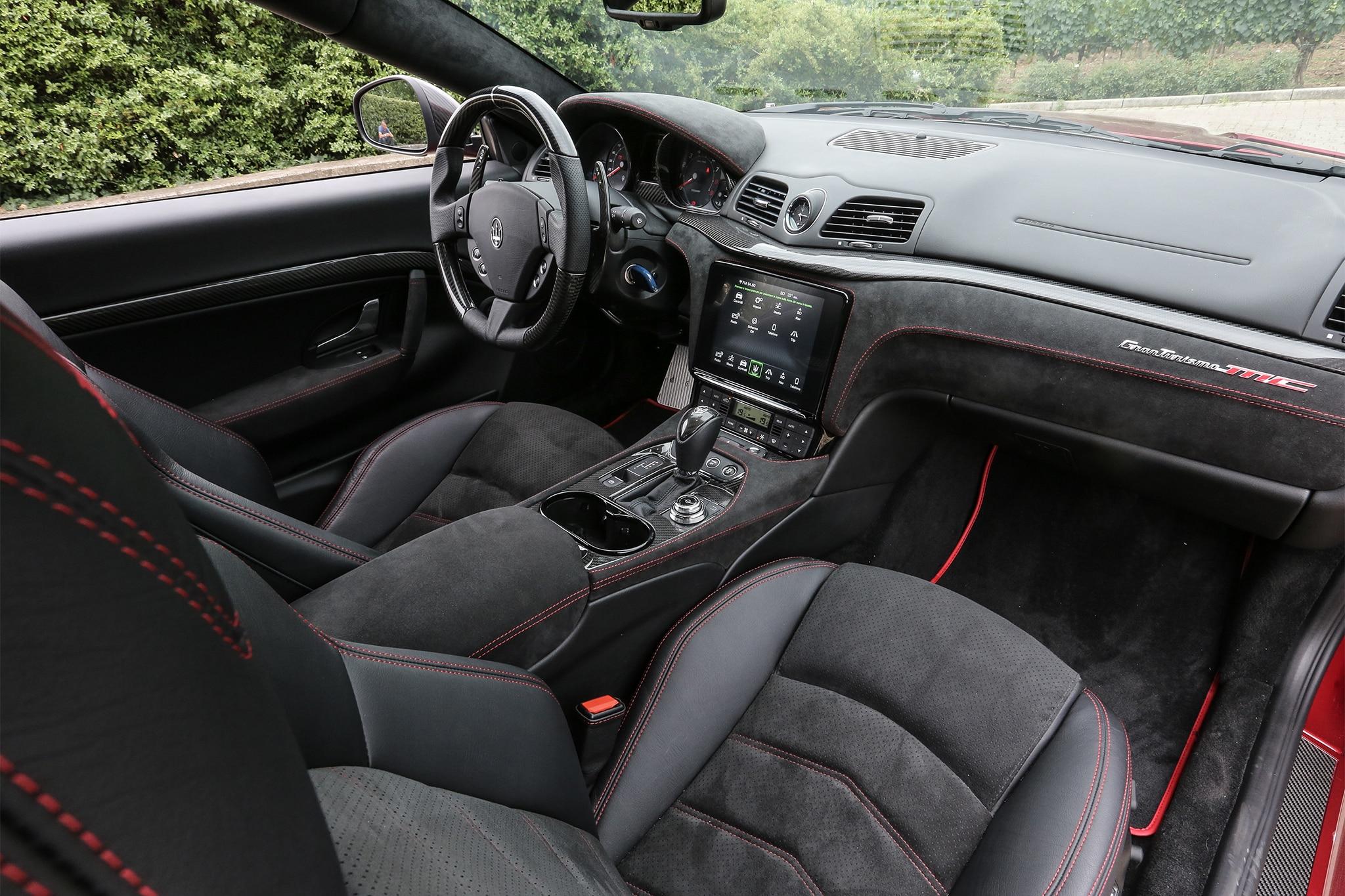 http://st.automobilemag.com/uploads/sites/11/2017/07/2018-Maserati-GranTurismo-cabin-02.jpg