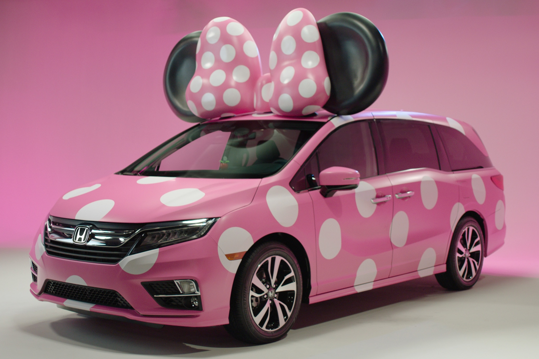 Honda Accessories Detroit >> Honda Debuts All-New 2018 Odyssey Minnie Van | Automobile Magazine
