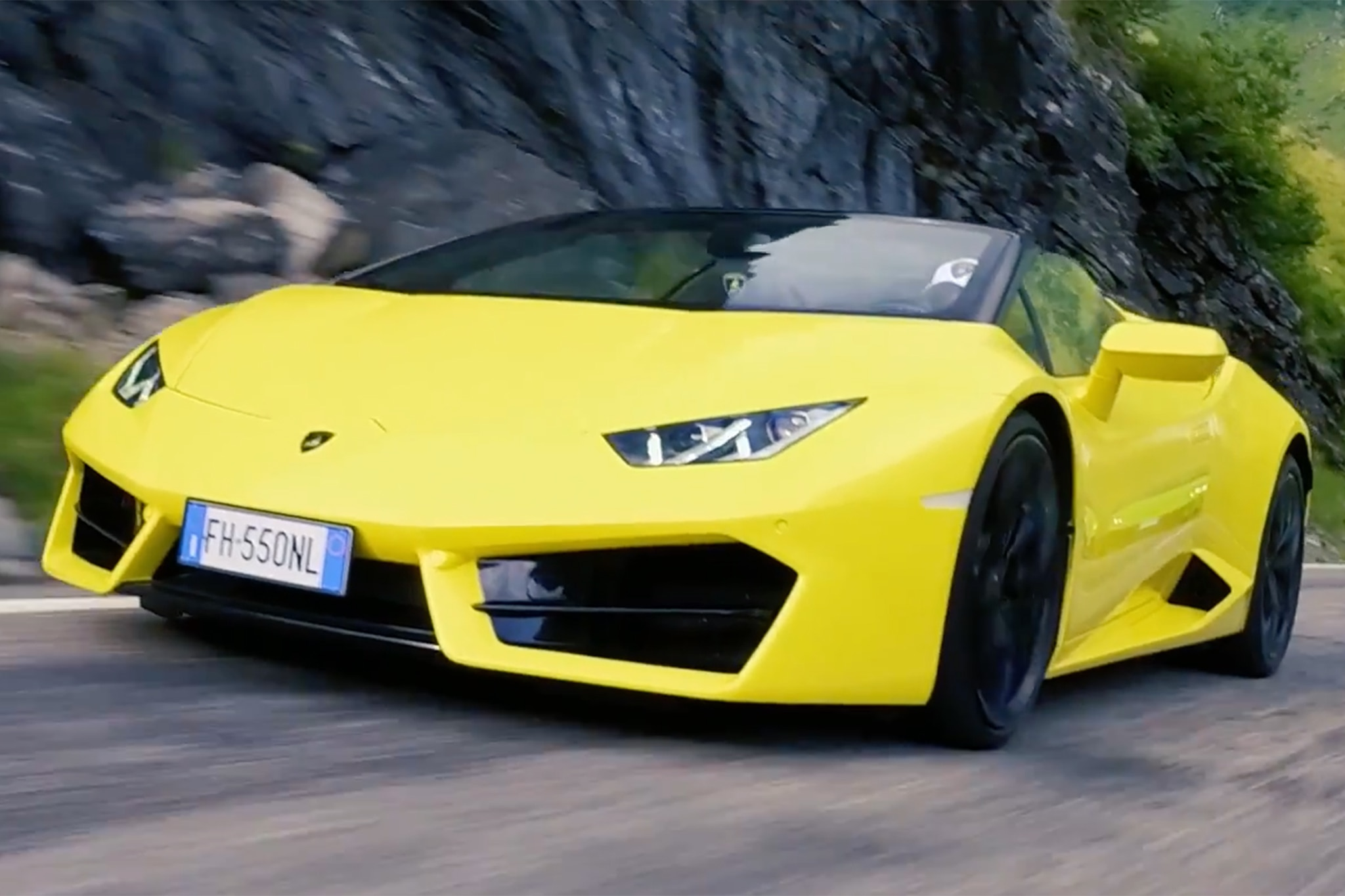 Lamborghini On The Transfagarasan Highway