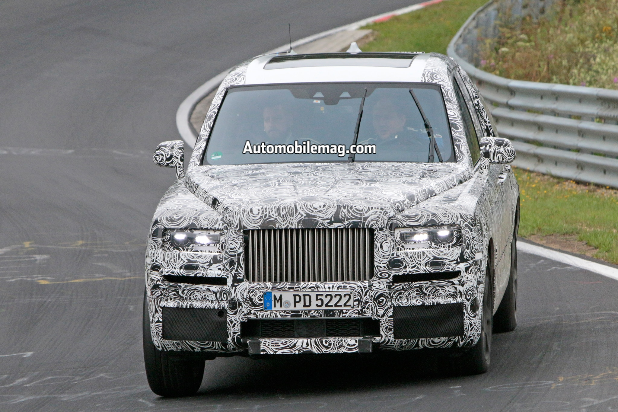 Rolls Royce Cullinan Testing On The Nurburgring 01