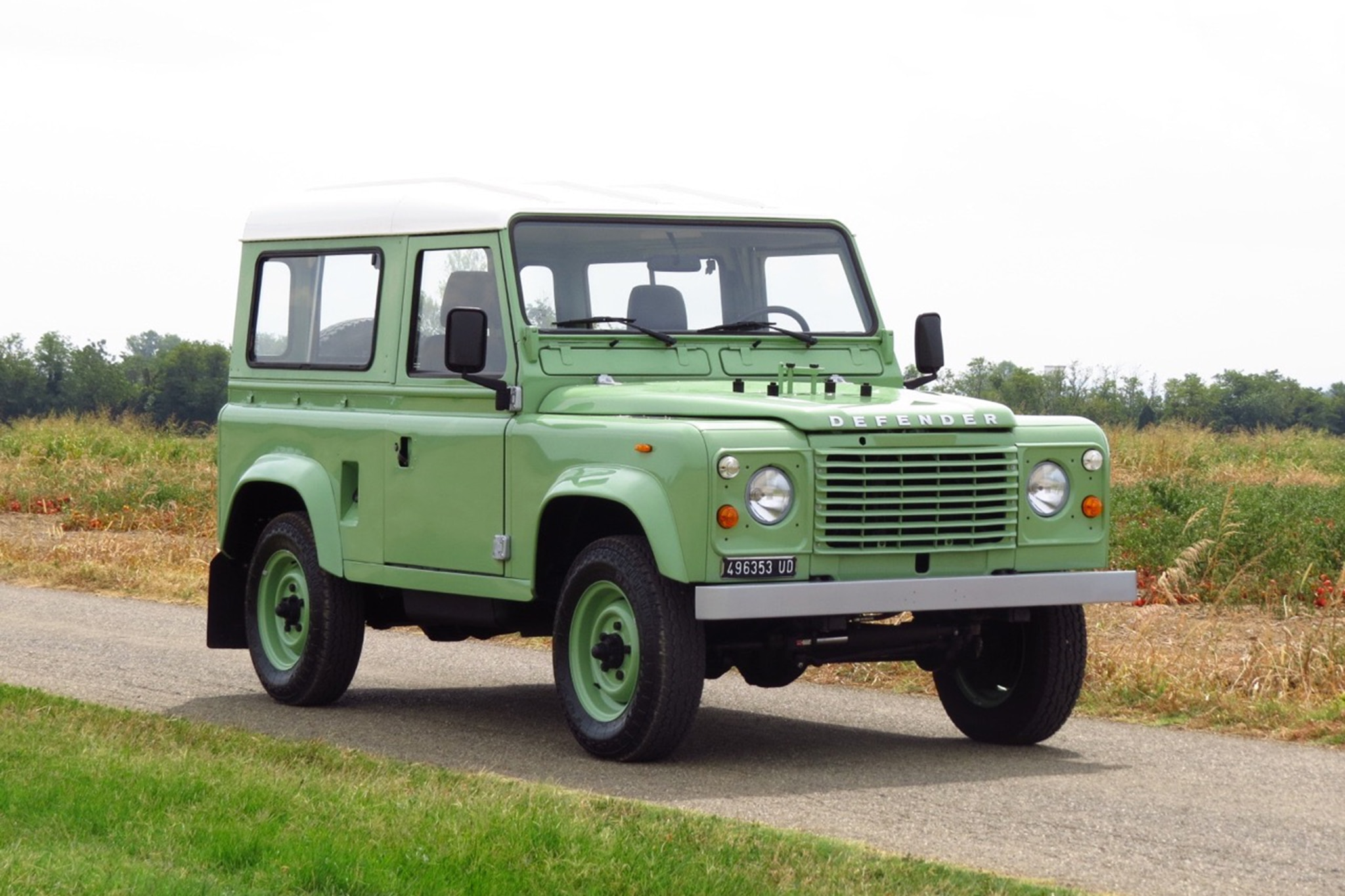 1985 Land Rover Defender 90 Just Listed Front Three Quarters