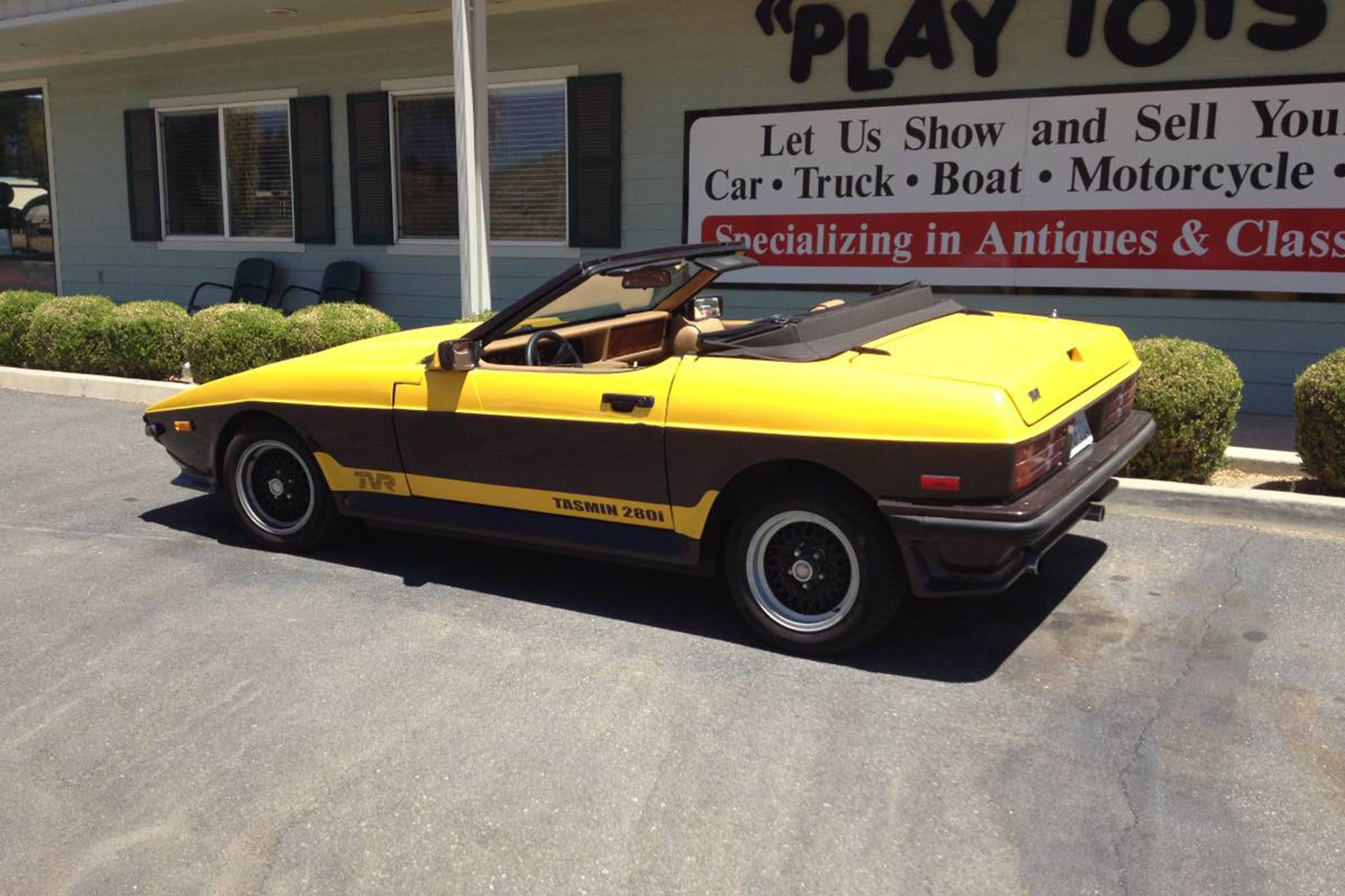 Just Listed: Two-Tone 1986 TVR Tasmin 280i Convertible | Automobile ...