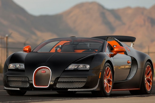 five supercars from mecum s 2017 monterey sale awesome. Black Bedroom Furniture Sets. Home Design Ideas
