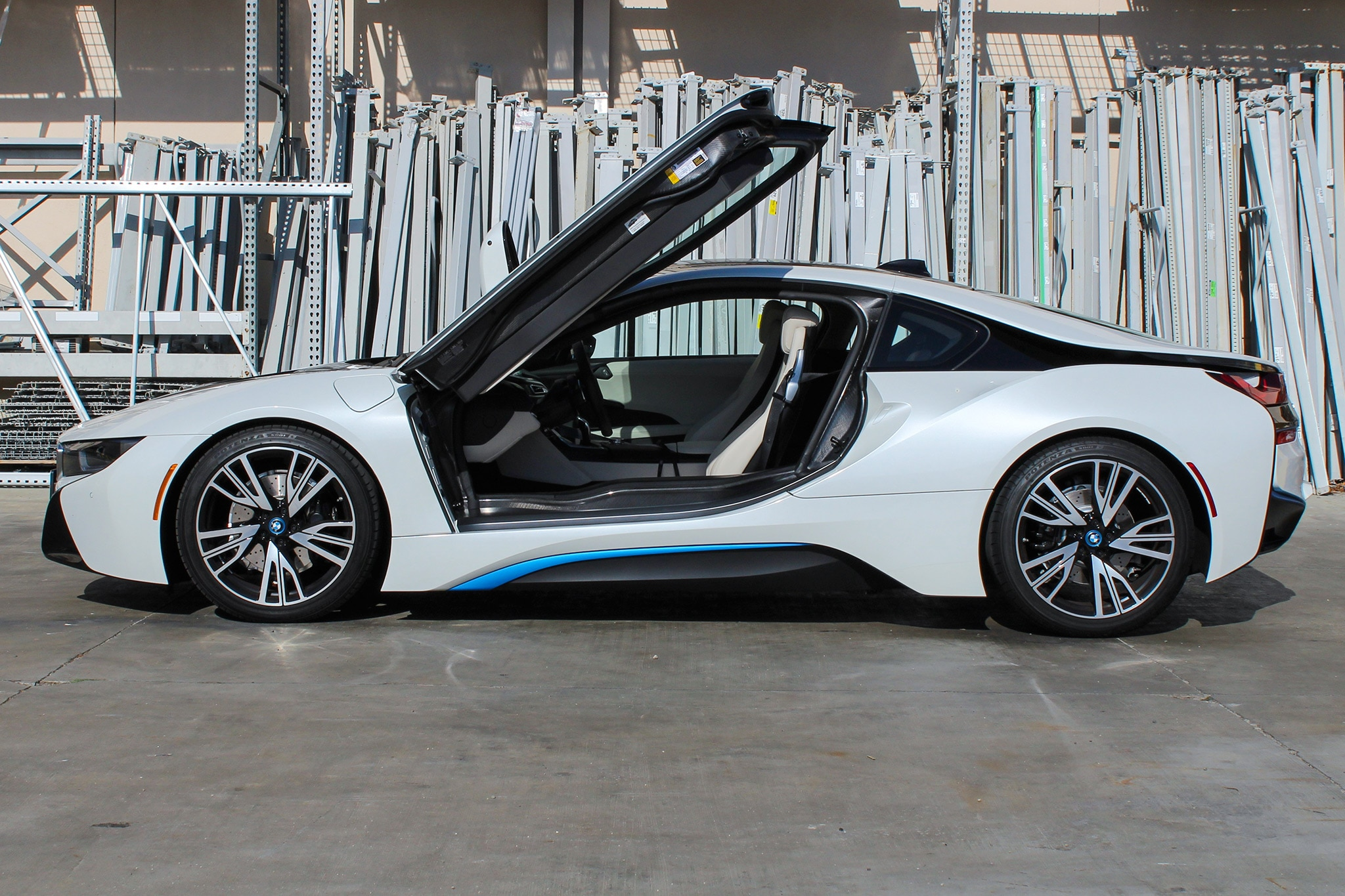 bmw i8 one week review automobile magazine. Black Bedroom Furniture Sets. Home Design Ideas