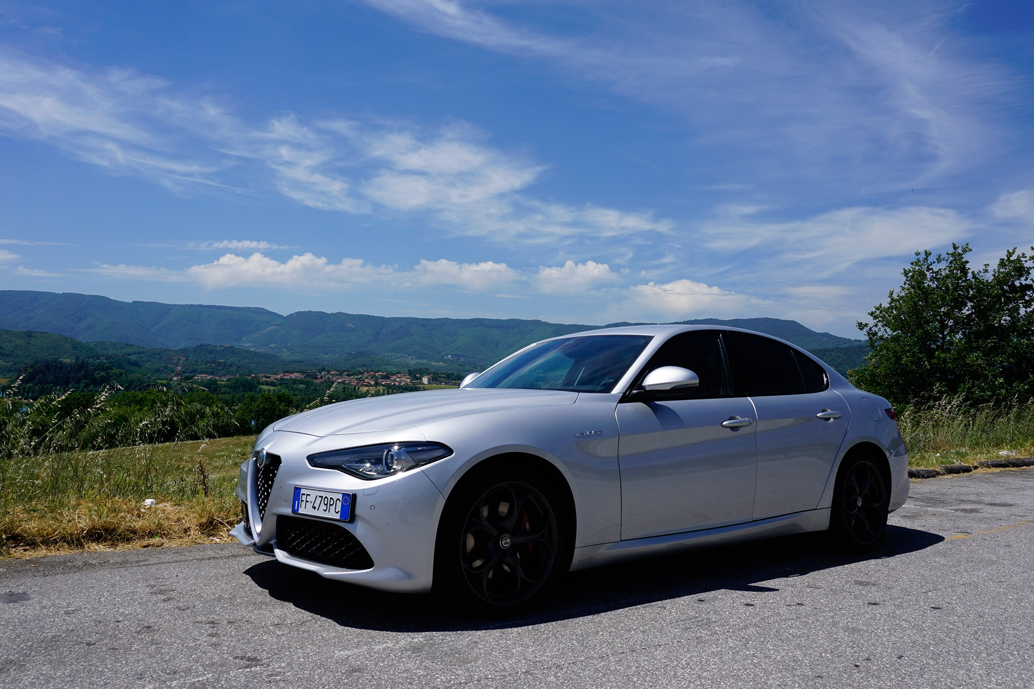 one week in italy with a 2017 alfa romeo giulia veloce q4 automobile magazine. Black Bedroom Furniture Sets. Home Design Ideas
