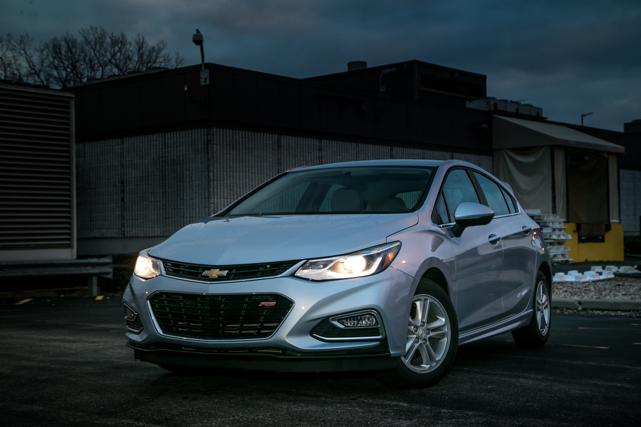 2017 Chevrolet Cruze Hatchback LT One Week Review ...