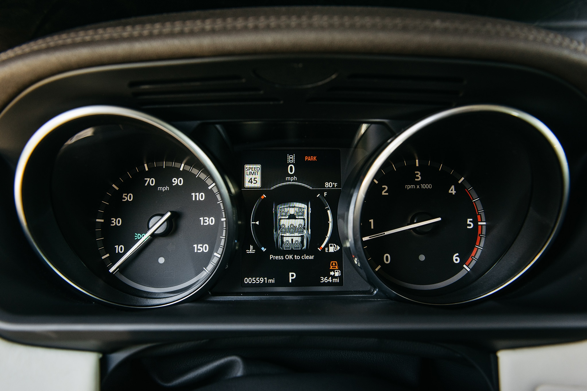 2017 Land Rover Discovery Td6 HSE Speedometer