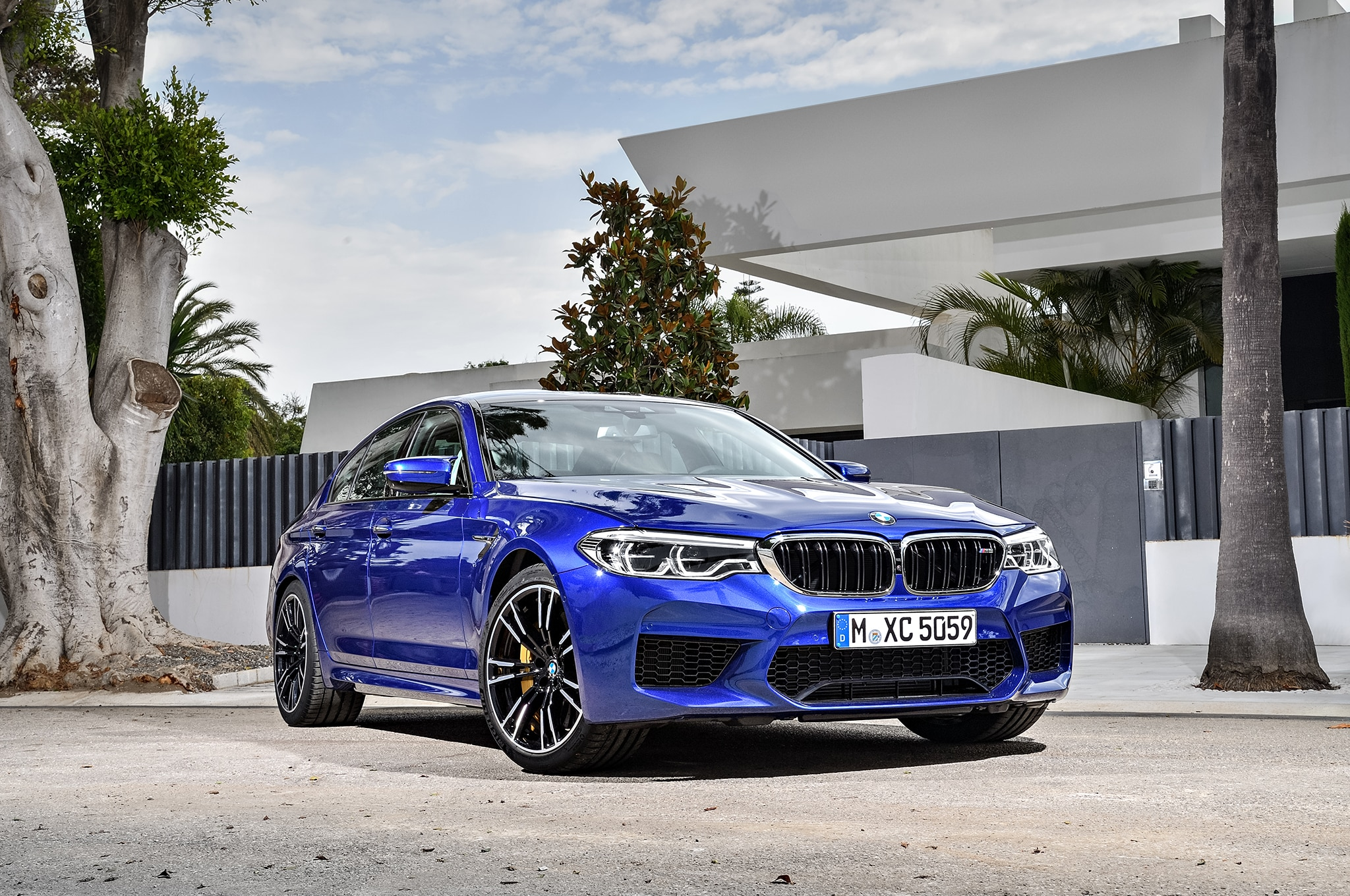 2018 Bmw M5 Arrives Packing A 600 Hp Twin Turbo V 8