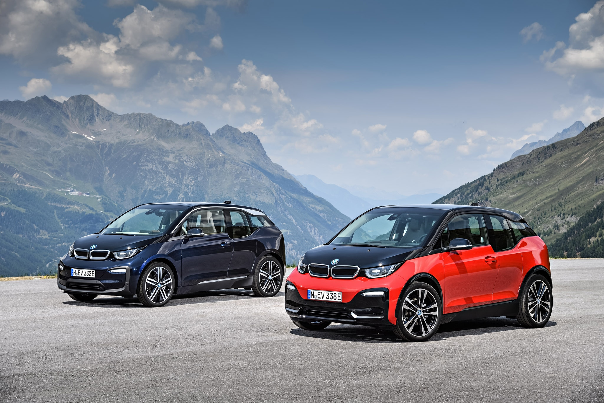 2018 bmw i3s joins updated lineup automobile magazine. Black Bedroom Furniture Sets. Home Design Ideas