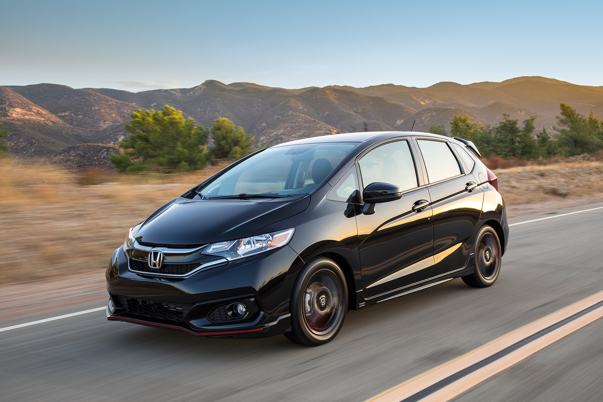 2018 Honda Fit Front Three Quarter In Motion 07