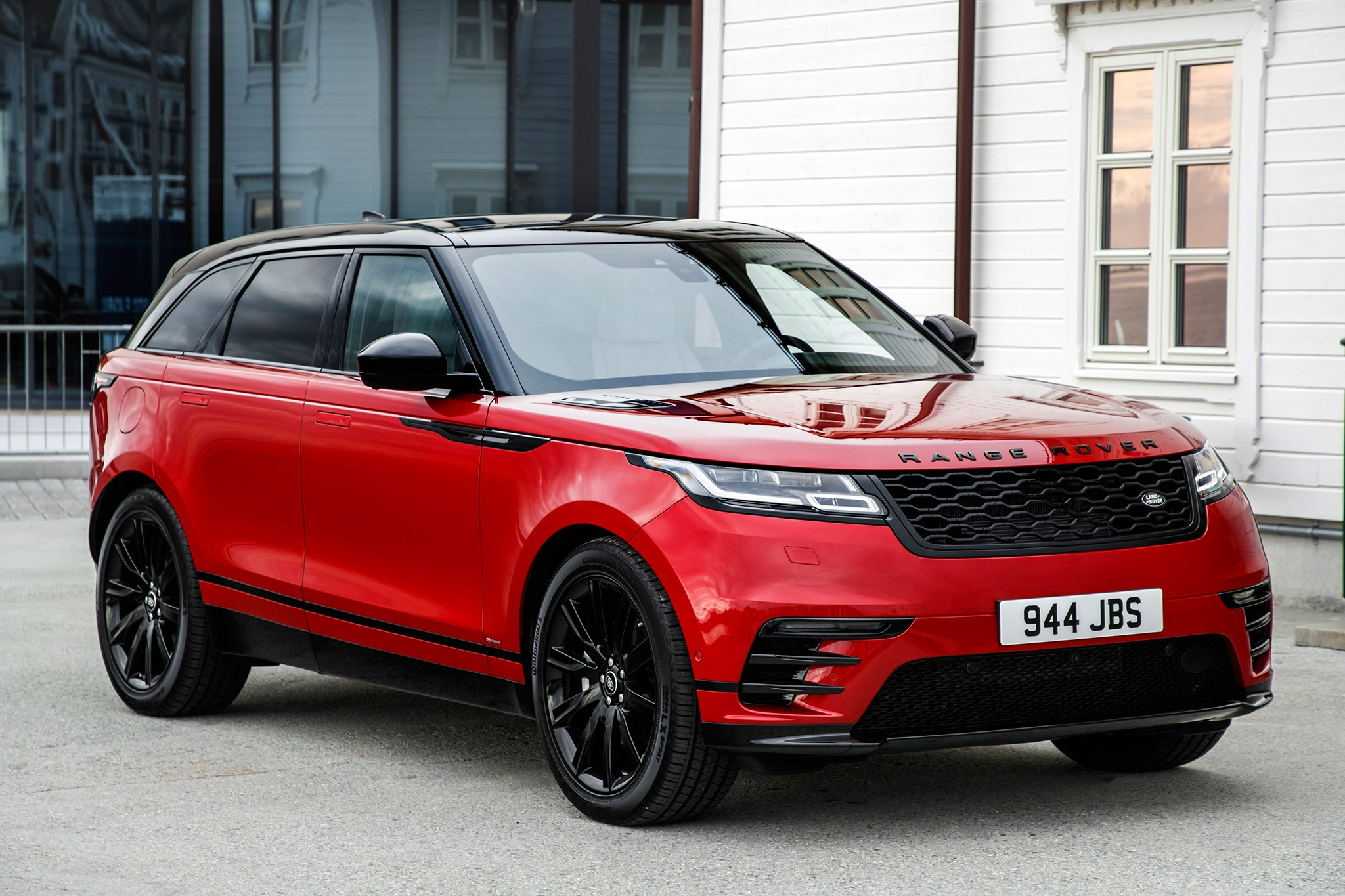 2018 range rover velar first drive review automobile magazine. Black Bedroom Furniture Sets. Home Design Ideas