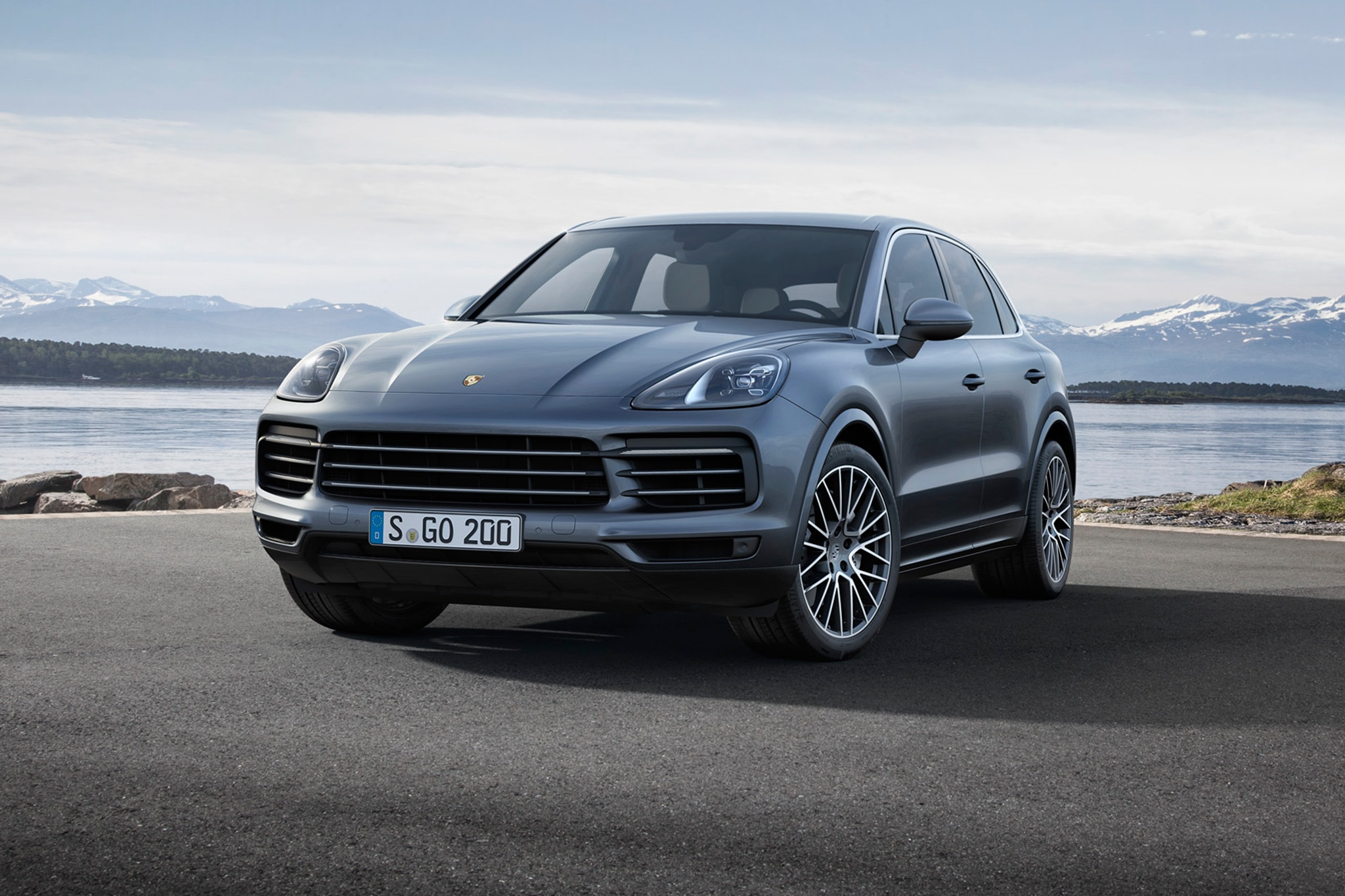 2019 porsche cayenne sport utility unwrapped automobile magazine. Black Bedroom Furniture Sets. Home Design Ideas