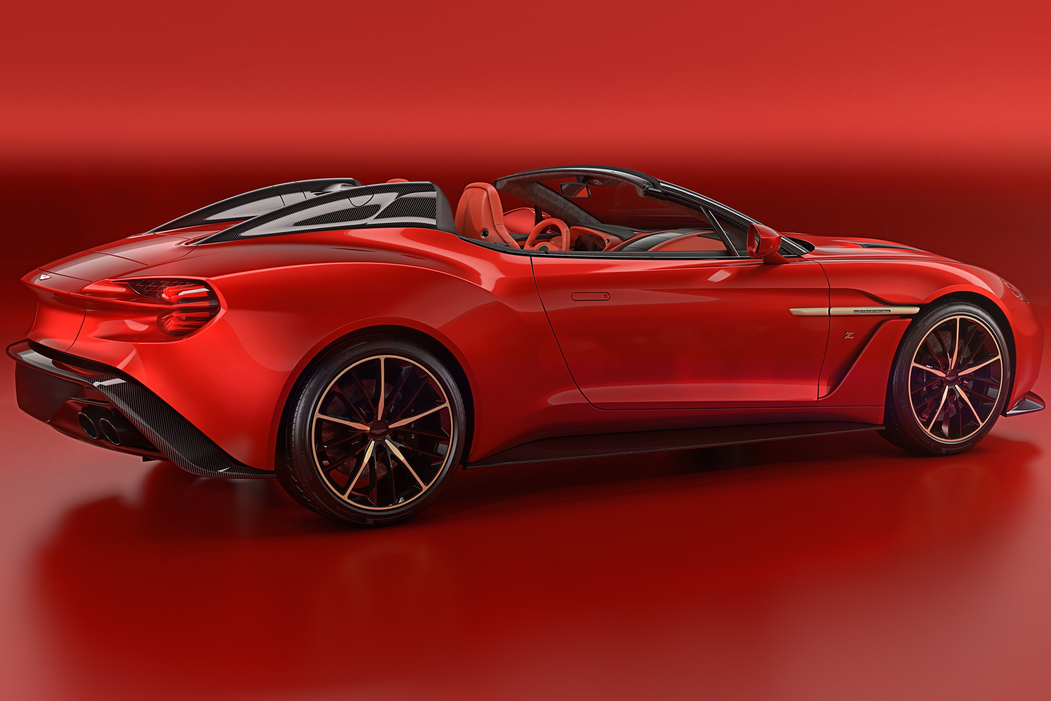 Aston Martin Debuts Va...
