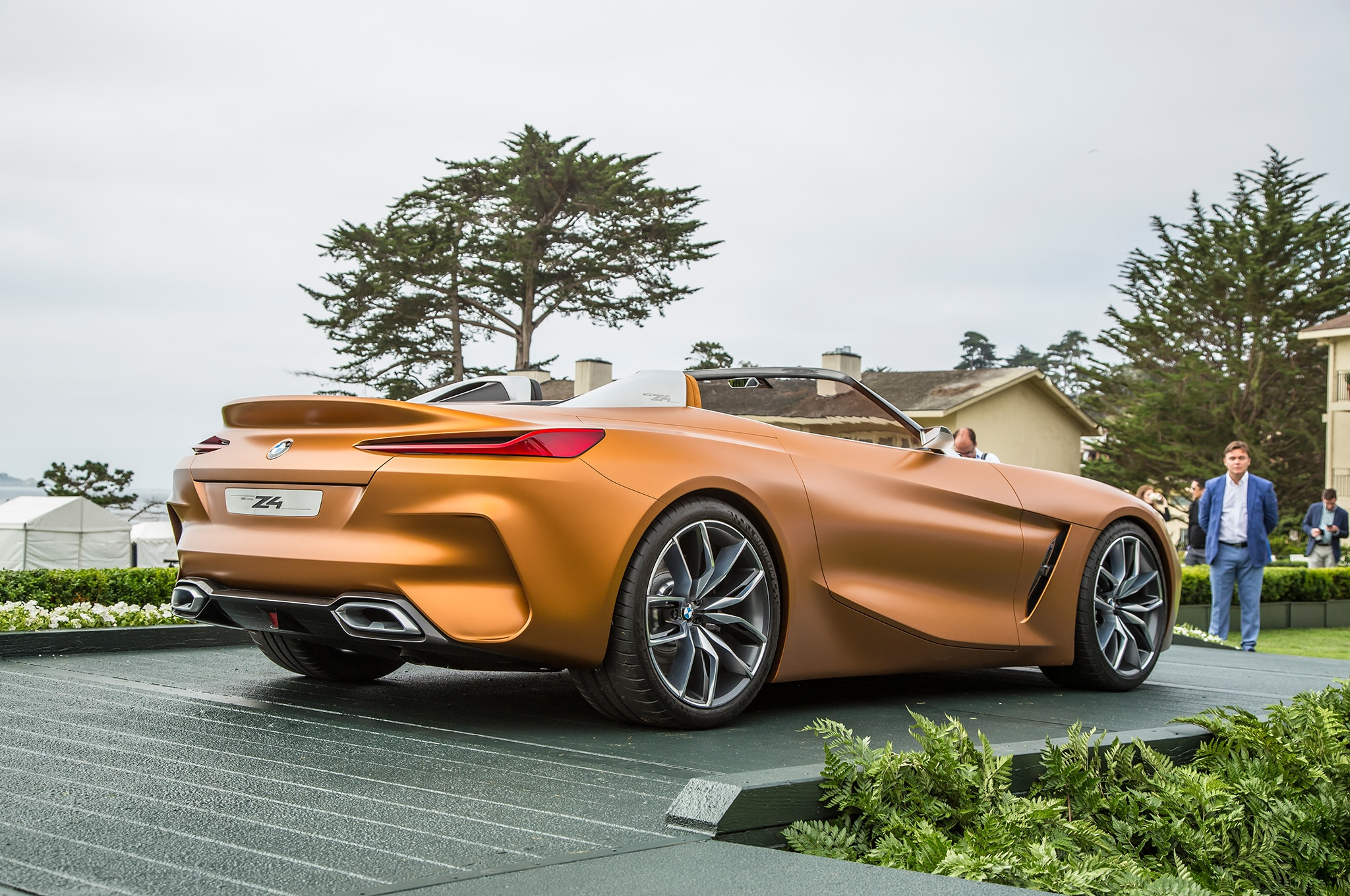 BMW Concept Z4 Rear Three Quarters 01