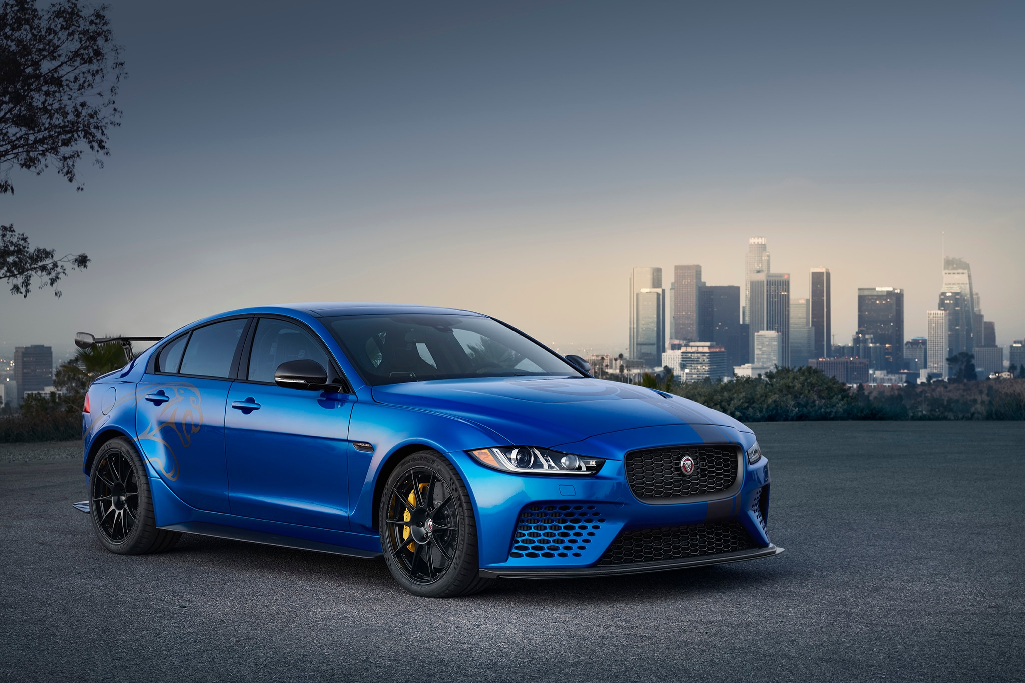 Jaguar_XESV_Project8_LA 002