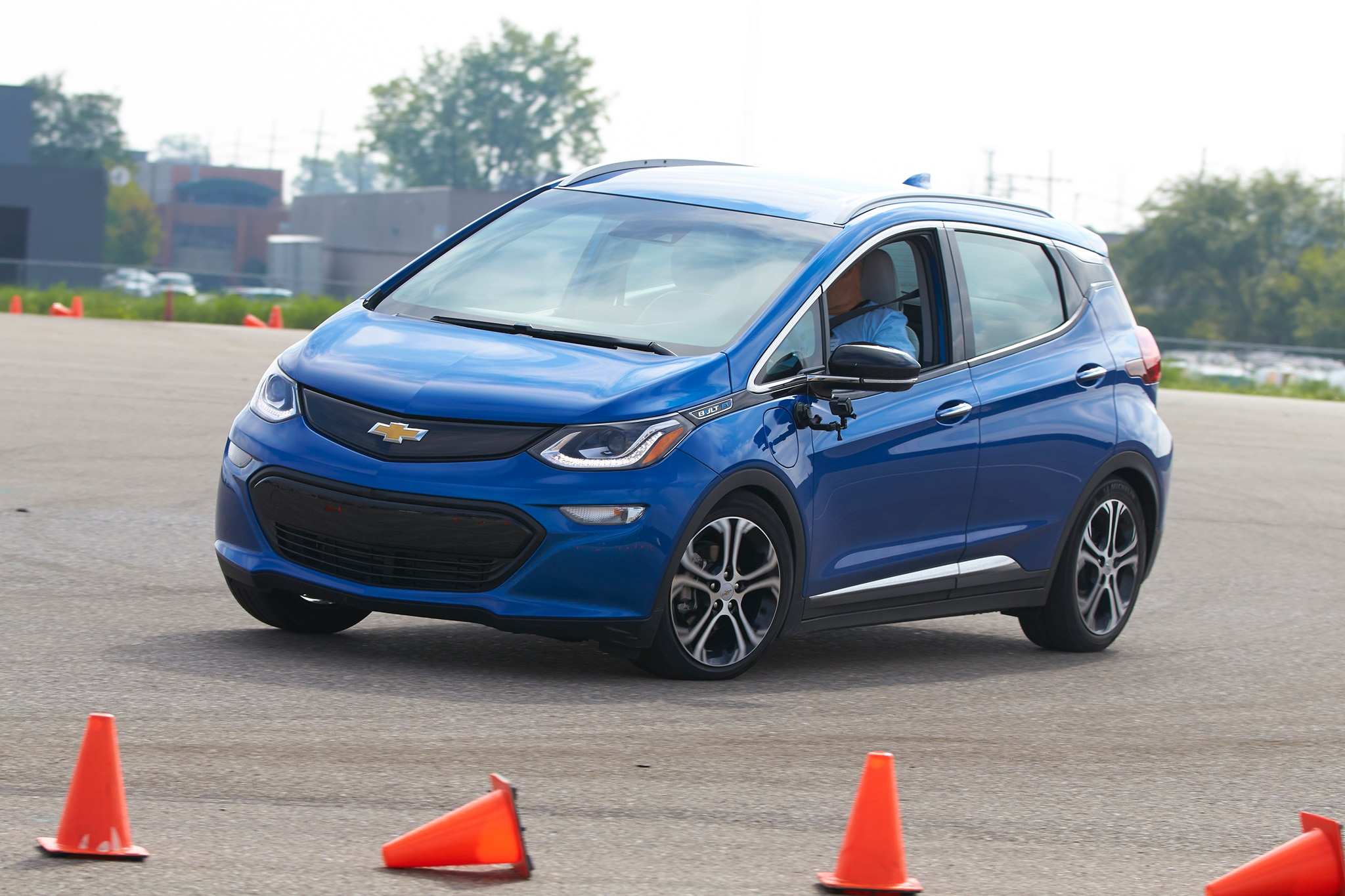 2017 Chevrolet Bolt EV Front Three Quarter In Motion 07