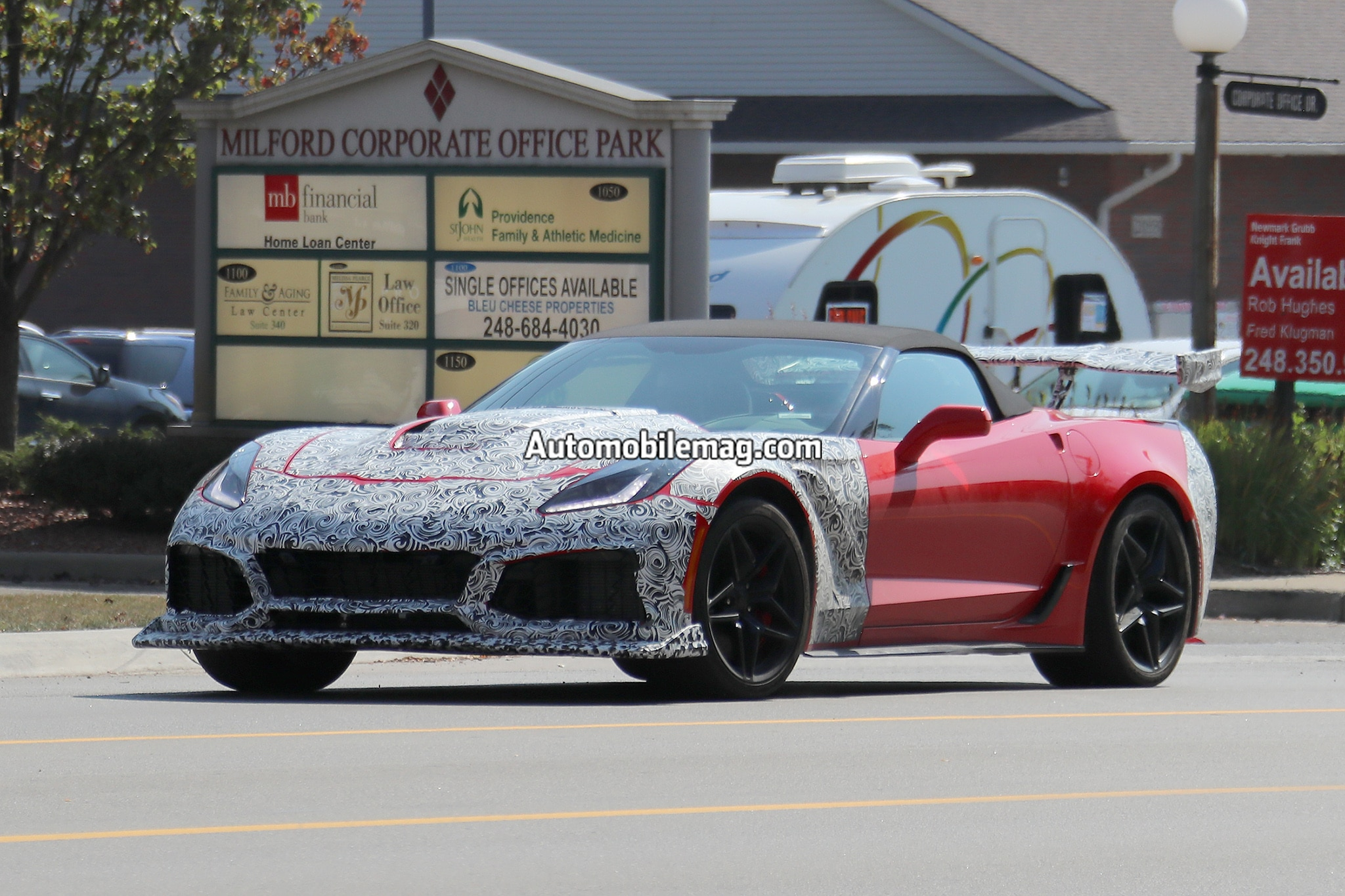 2018 corvette zr1 drop top spied with an automatic