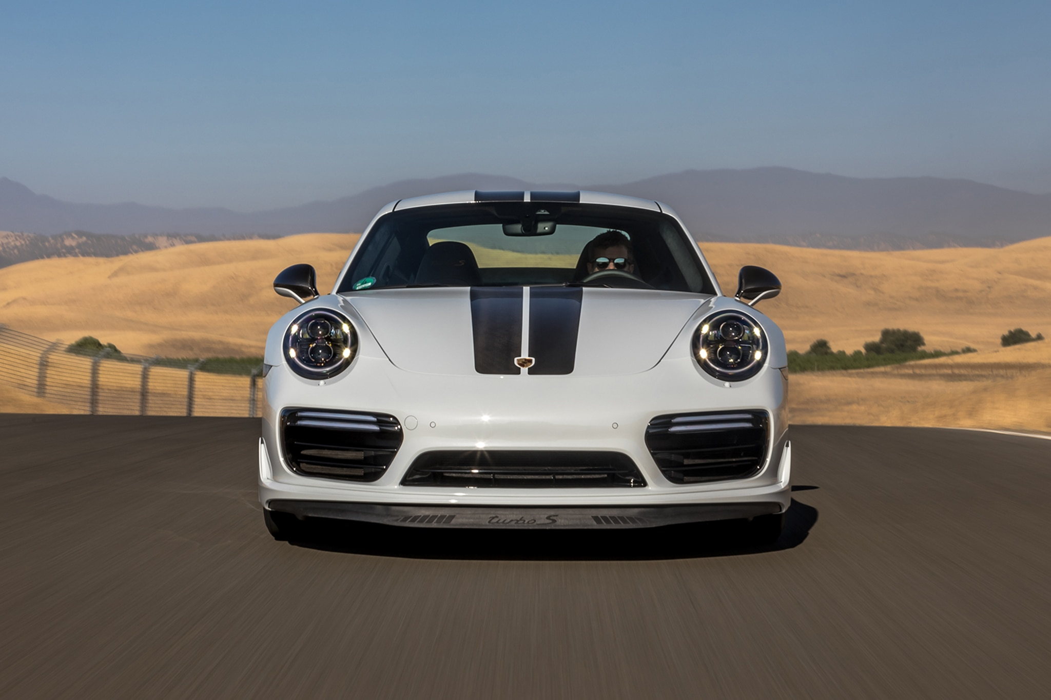 2018 porsche 0 60. wonderful 2018 advertised 060 time is unchanged at 28 seconds but the 0124 mph  cut by 03 second down to a skinrippling 96 seconds on 2018 porsche 0 60 1