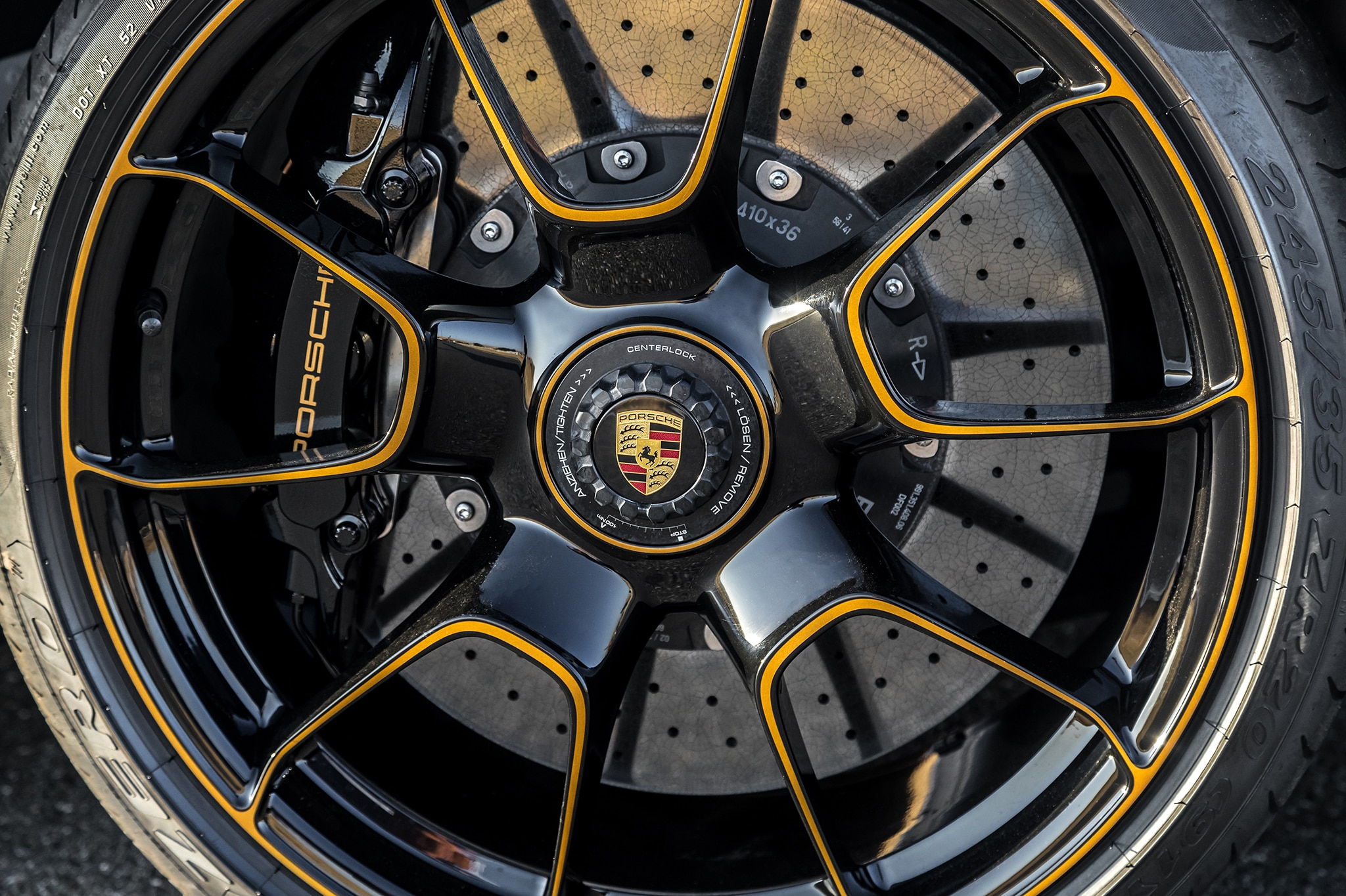 2018 Porsche 911 Turbo S Exclusive Wheel 02