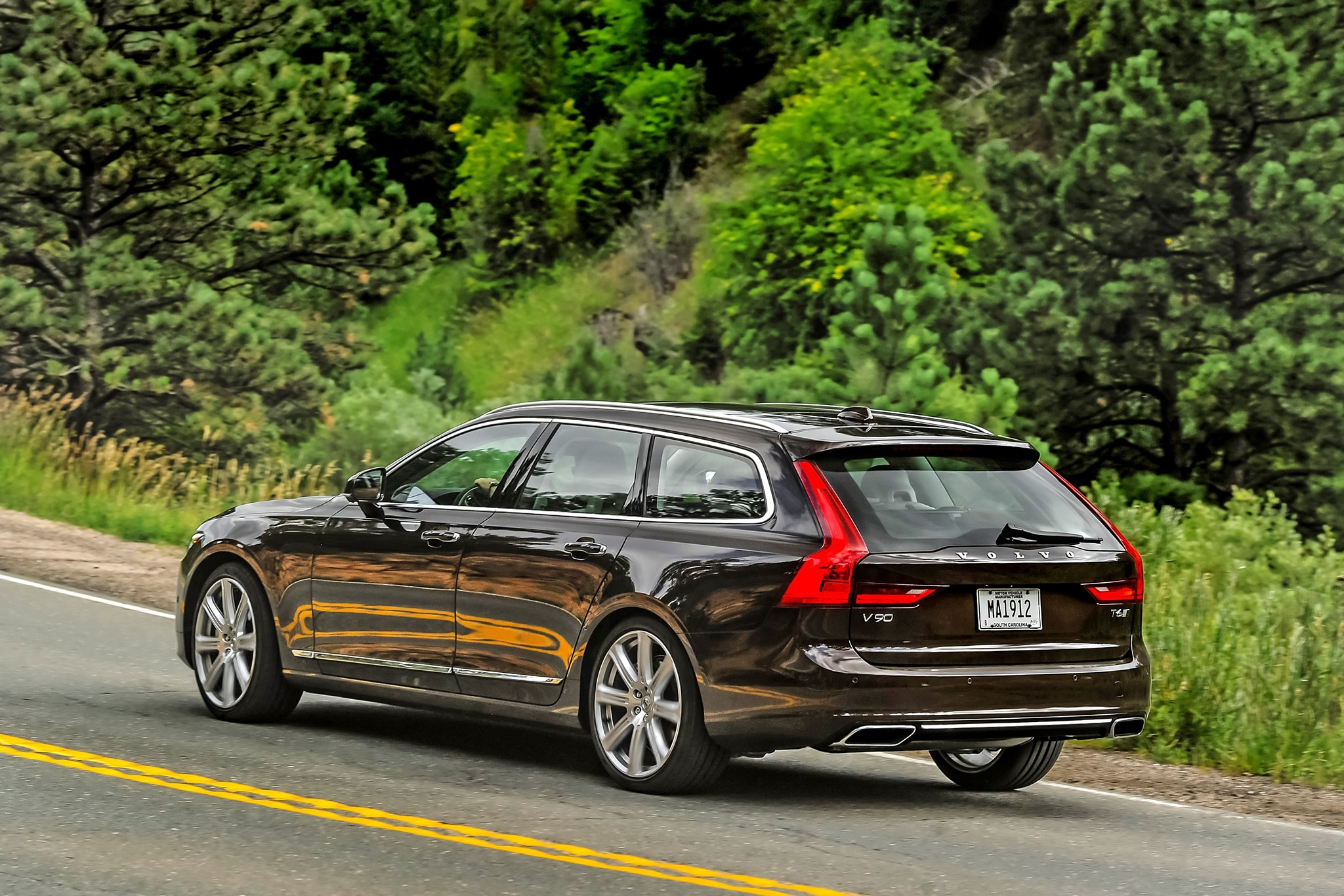 one week with 2018 volvo v90 t6 awd inscription. Black Bedroom Furniture Sets. Home Design Ideas
