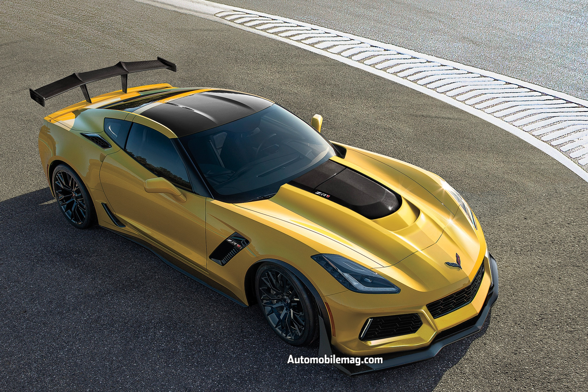 corvette zr1 chevrolet dubai motor debut automobile