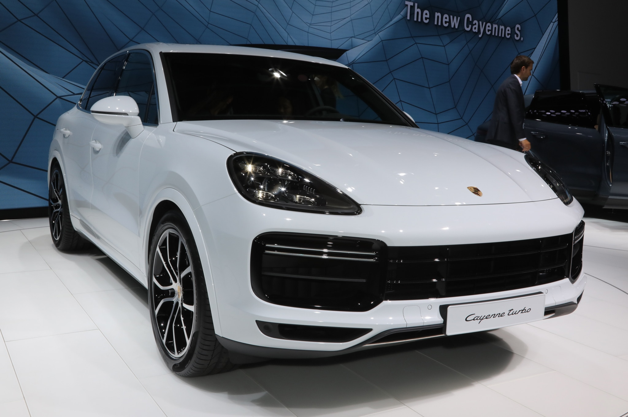 how porsche says it will make the 2019 cayenne the best suv ever automobile magazine. Black Bedroom Furniture Sets. Home Design Ideas
