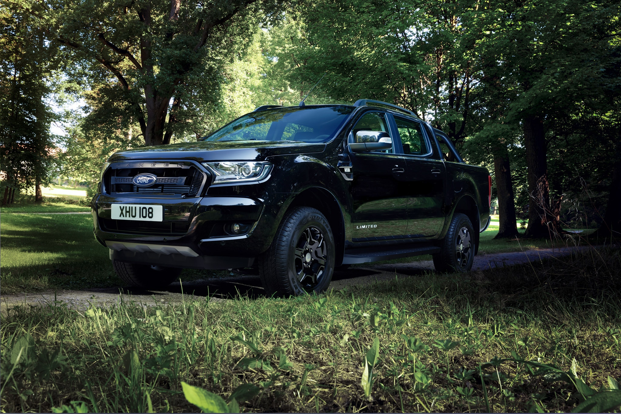 ford ranger black edition to debut at 2017 frankfurt motor show automobile magazine. Black Bedroom Furniture Sets. Home Design Ideas
