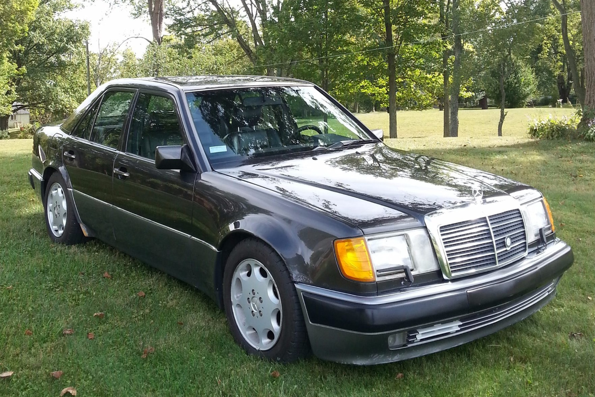 1992 Mercedes Benz 500E Just Listed Front Three Quarters