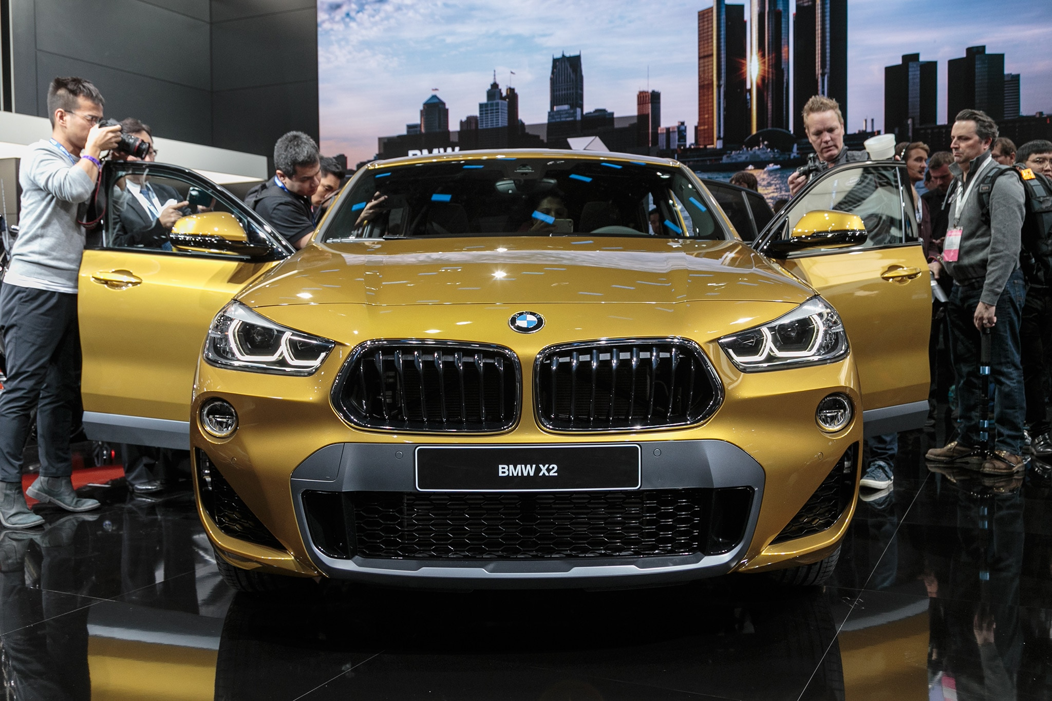 2018 Bmw X2 Rolls Out In Detroit Automobile Magazine