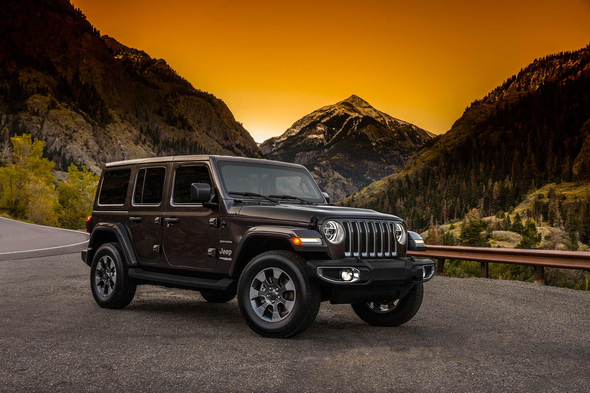 2018 jeep features. contemporary 2018 now a list of the jl wrangeru0027s standard features and baselevel order  form has leaked over at wrangler forums giving us semiclear picture  throughout 2018 jeep e