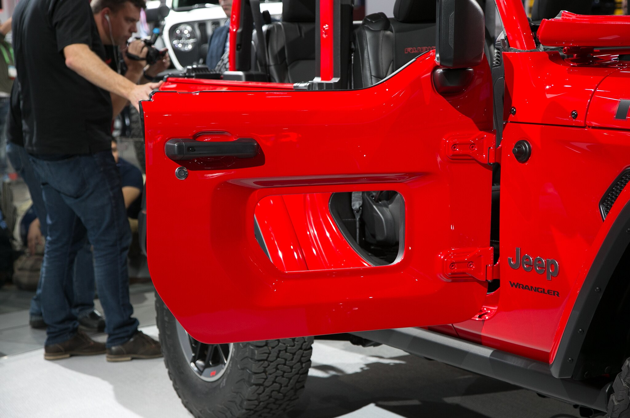 Show more & Ten Things You Need to Know About the JL 2018 Jeep Wrangler ...